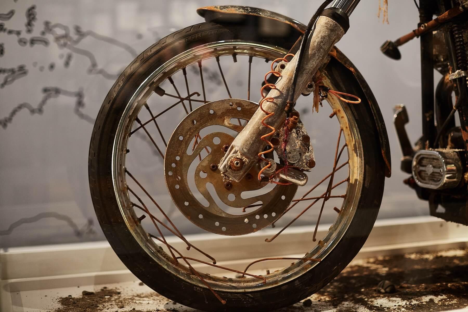 3.11を世界に伝える奇跡の「TSUNAMIハーレー」、ピース綾部のインタビューレポートが『FREEDOM MAGAZINE』で公開 culture210311_Harley-Davidson-01