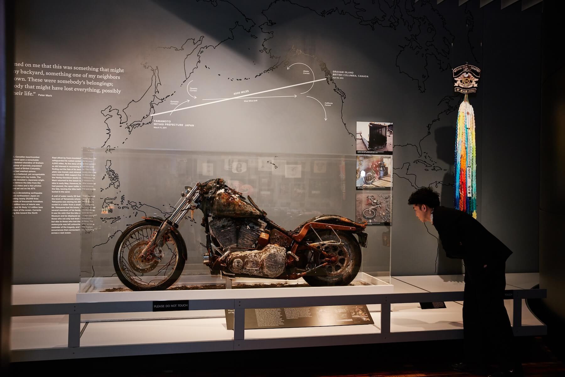 3.11を世界に伝える奇跡の「TSUNAMIハーレー」、ピース綾部のインタビューレポートが『FREEDOM MAGAZINE』で公開 culture210311_Harley-Davidson-02