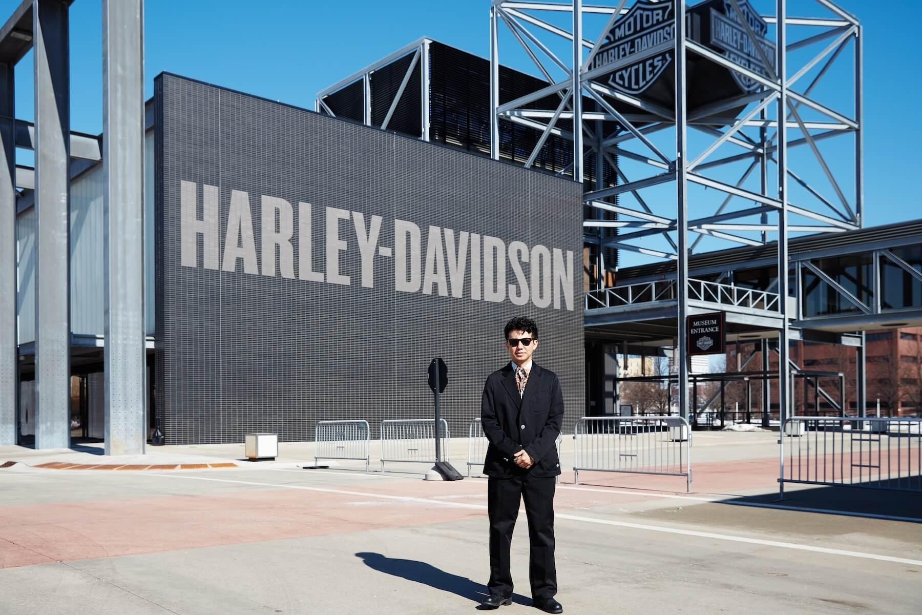3.11を世界に伝える奇跡の「TSUNAMIハーレー」、ピース綾部のインタビューレポートが『FREEDOM MAGAZINE』で公開 culture210311_Harley-Davidson-05