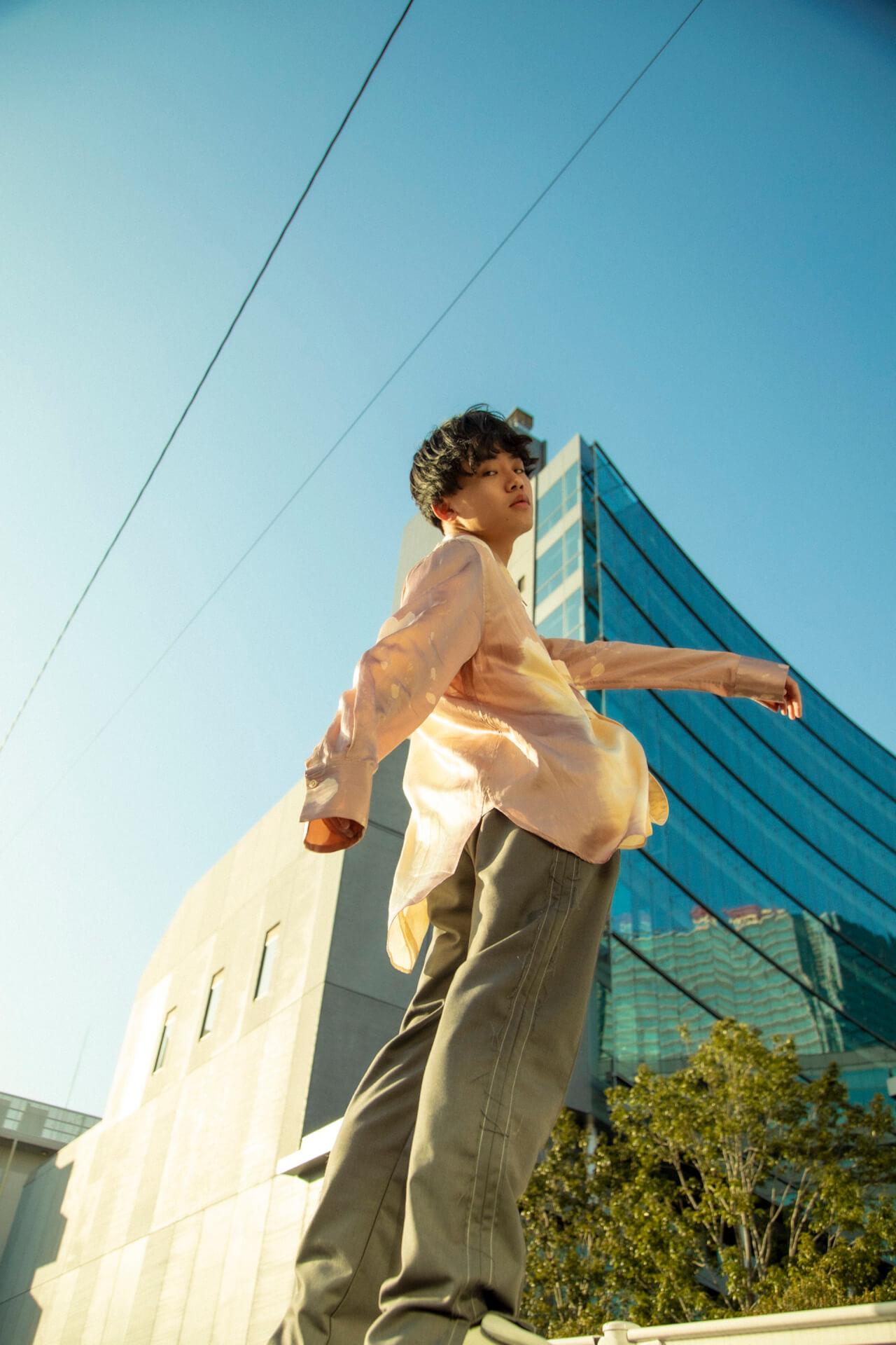 「思ってもないことを書くのは本末転倒」クボタカイ1stアルバム『来光』に表れるラッパーとしてのスタイル interview210407_kubotakai-05