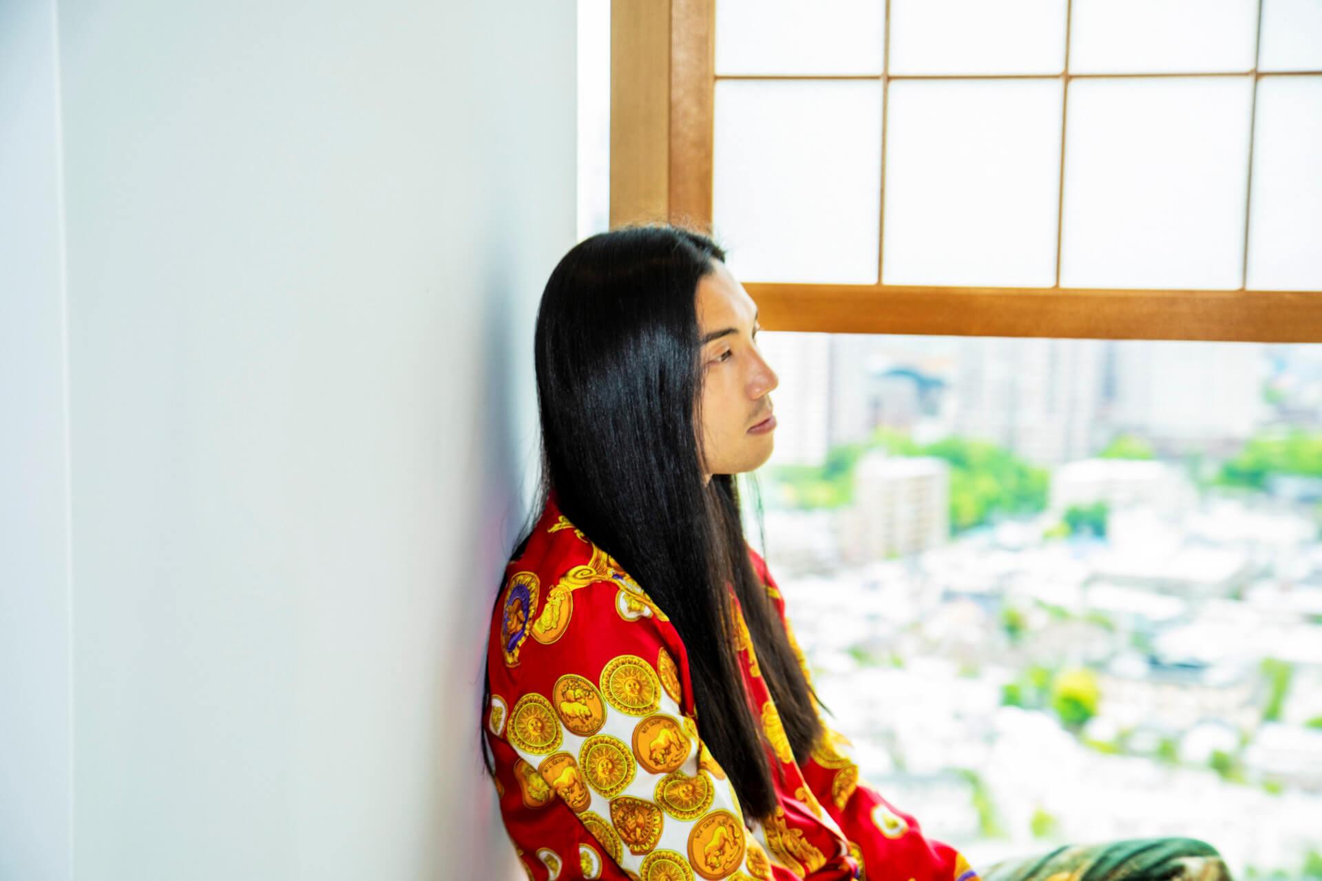 "Seihoがプロデューサーとして""バグ""を仕込んだコンセプトアルバム『CAMP』を語る interview210511_seiho-07"