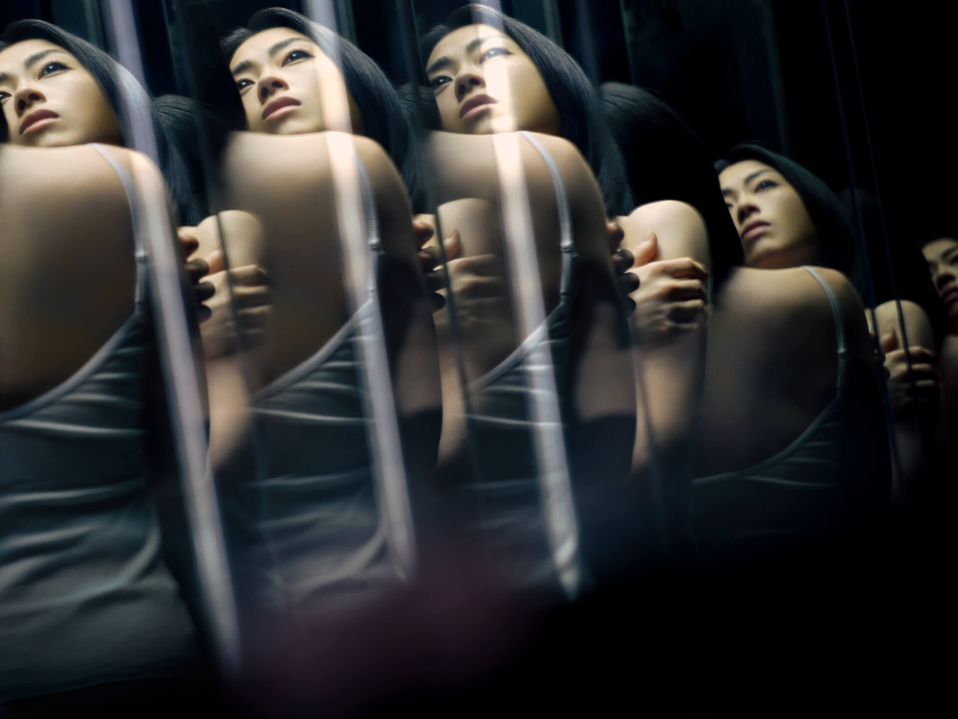 宇多田ヒカルの好評インスタ生配信『ヒカルパイセンに聞け!』が6月も実施決定!直筆サイン入りアイテムが当たるキャンペーンも music210515_utadahikaru_4