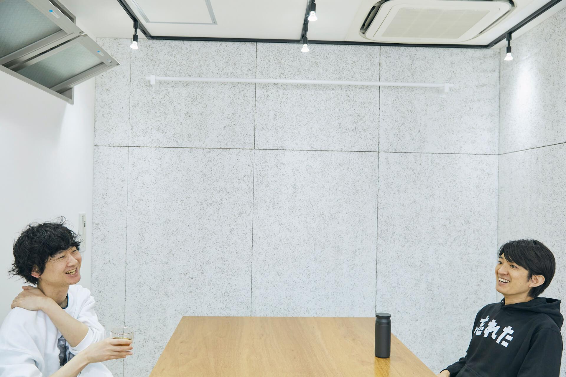 対談:澤田智洋(『マイノリティデザイン』)×柴田隆浩(忘れらんねえよ) 負けてる世界は美しい、それを愛して歌うというデザイン interview210419_sawada-07