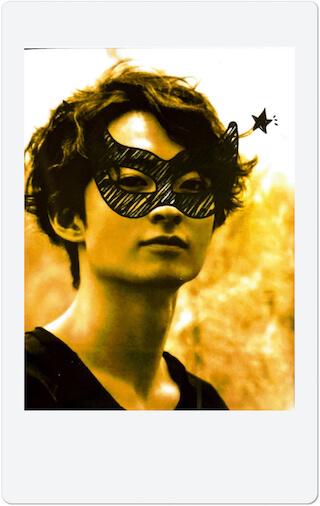 チェキをおウチでDIY「チェキを飾る」/濱正悟 LifeFashion200526_cheki-hamashougo_2