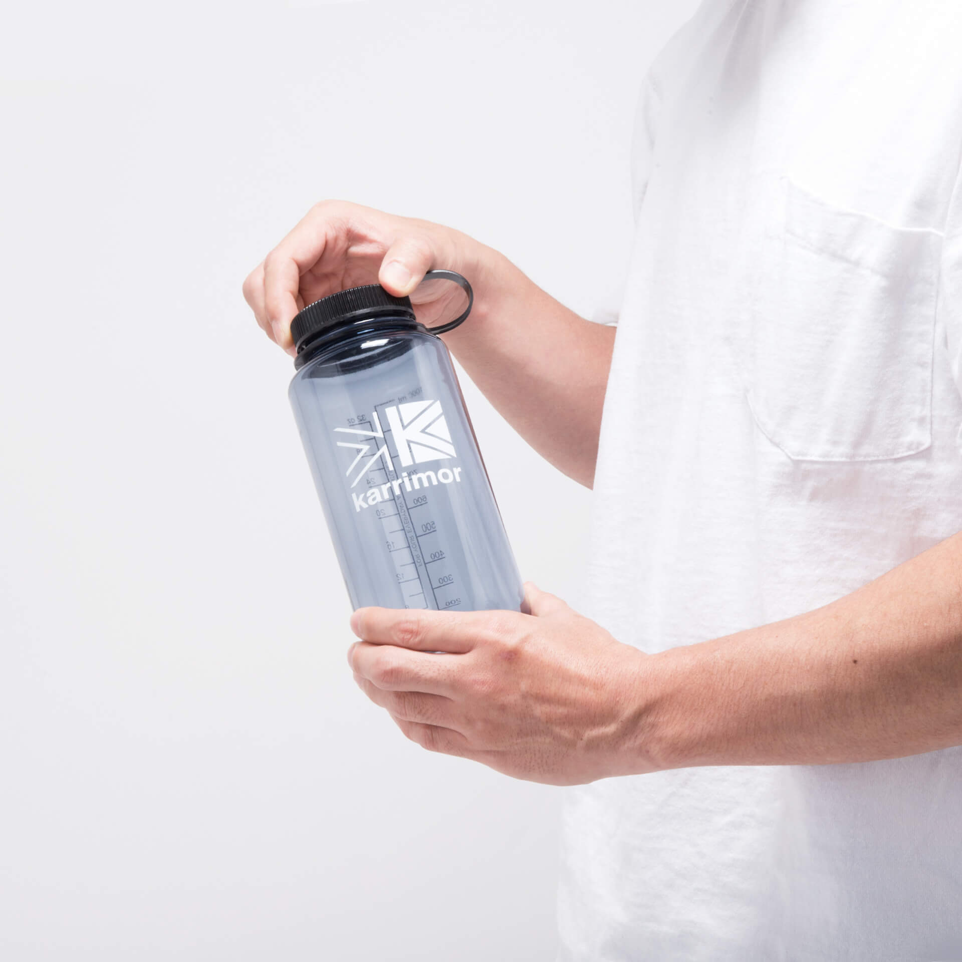 カリマーが無料給水サービスにも利用できるボトルを発売!Nalgenとのコラボアイテム life210601_karrimor_bottle_1