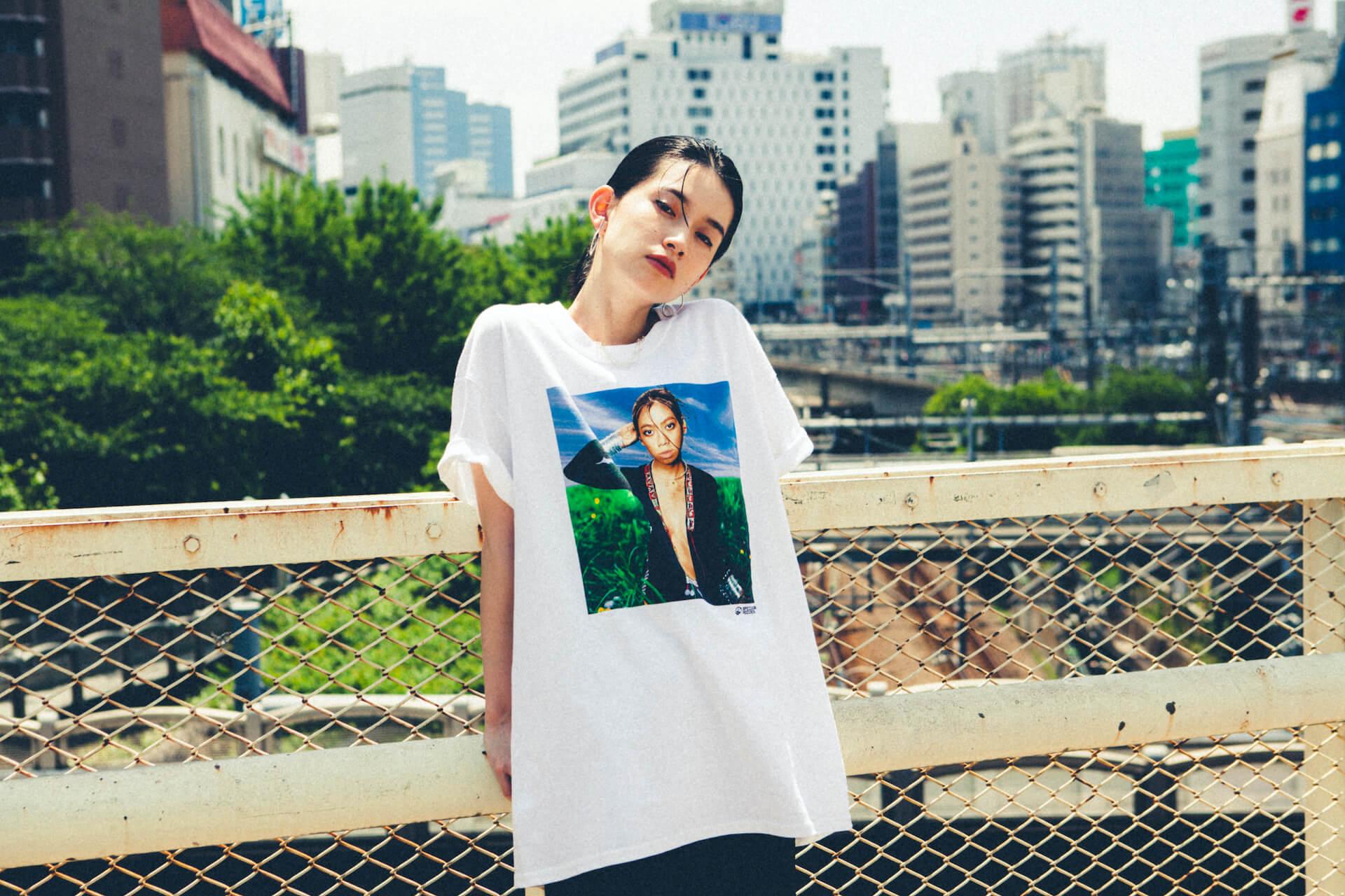 UA × Journal StandardのコラボTシャツが6月25日より店舗販売開始|美衣がモデルを務めるビジュアルも公開に life_fashion210611-ua-journalstandard-2