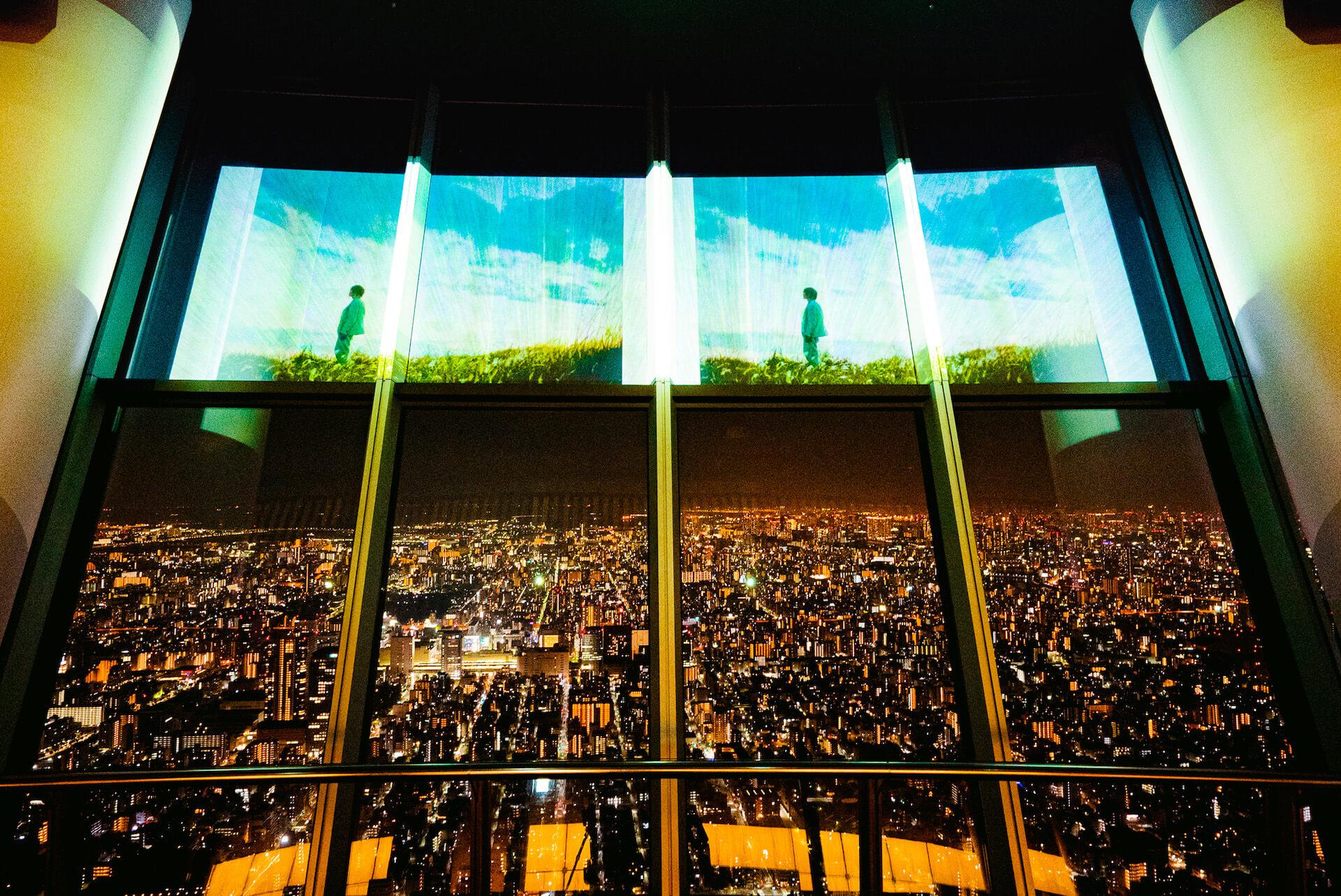 米津玄師ニューシングル『Pale Blue』発売記念で東京スカイツリーの特別ライティング&展望台でのMV上映が決定! music210611_yonezukenshi_10