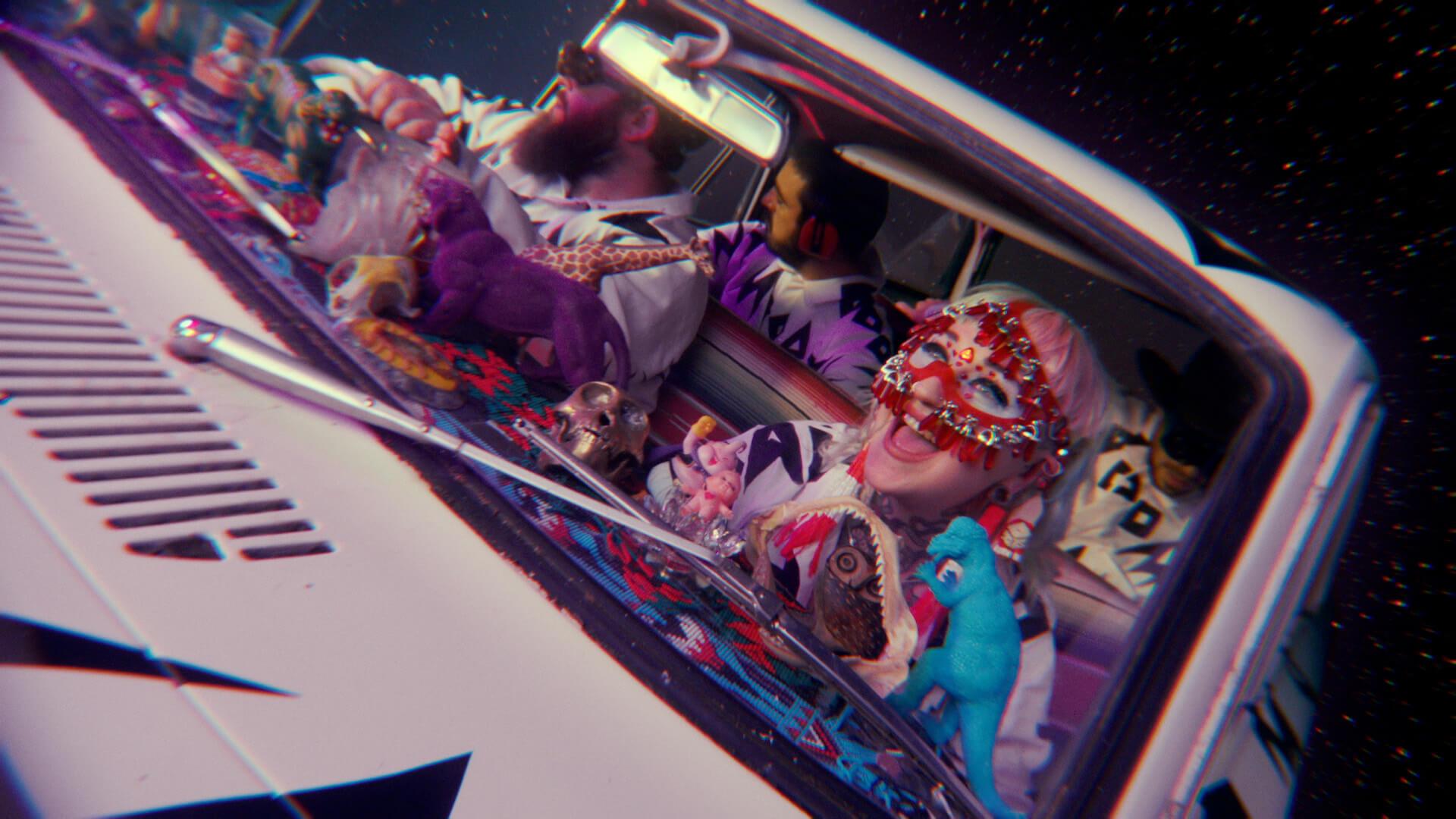 "Hiatus Kaiyote最新作『Mood Valiant』の先行配信曲""Get Sun(feat. Arthur Verocai)""のMVが公開! music210623_hiatuskaiyote_4"