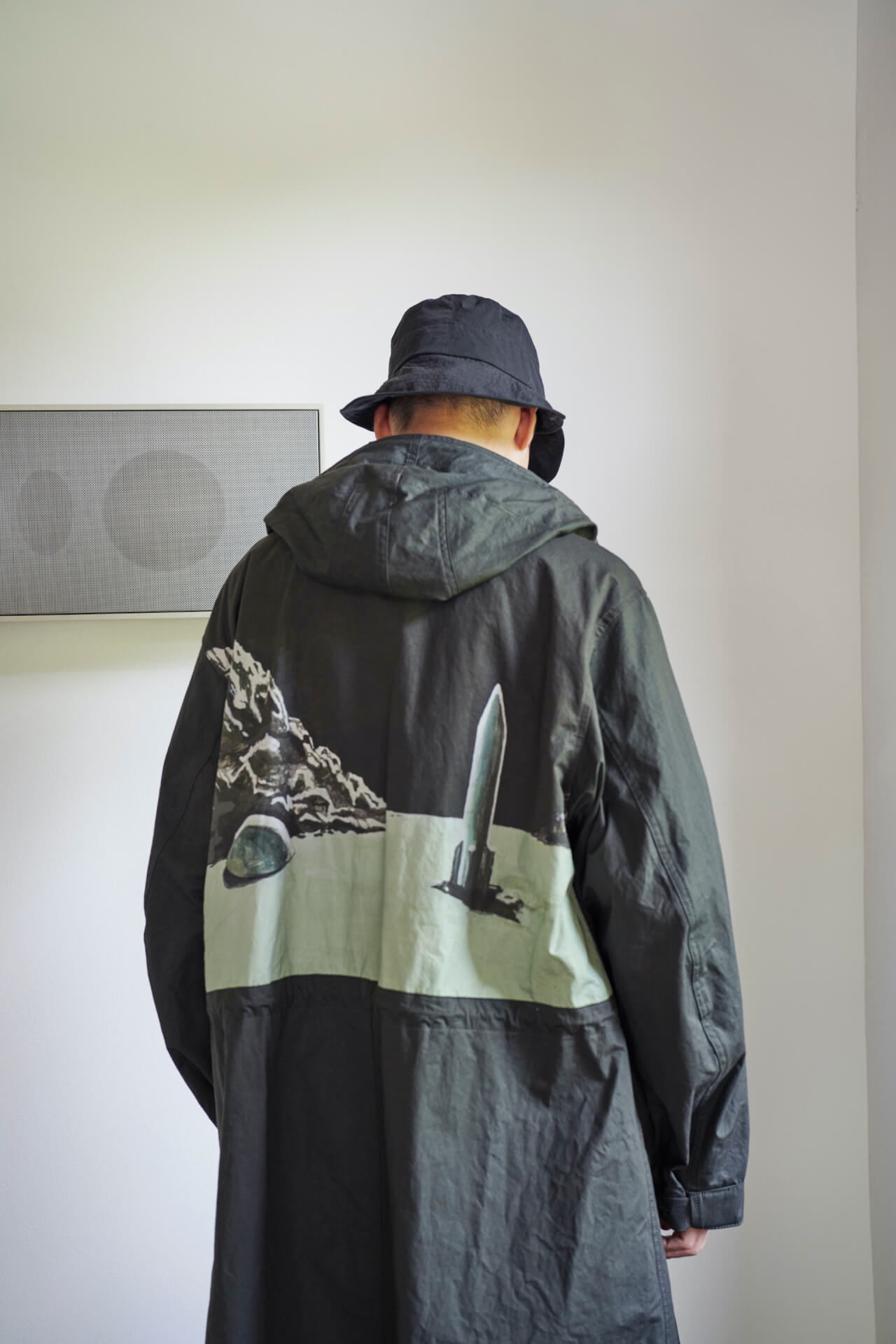 UNDERCOVERの2022SSメンズコレクション<ONCE IN A LIFETIME> でOGRE YOU ASSHOLEのアートワークが起用! Fashion210628_undecover15