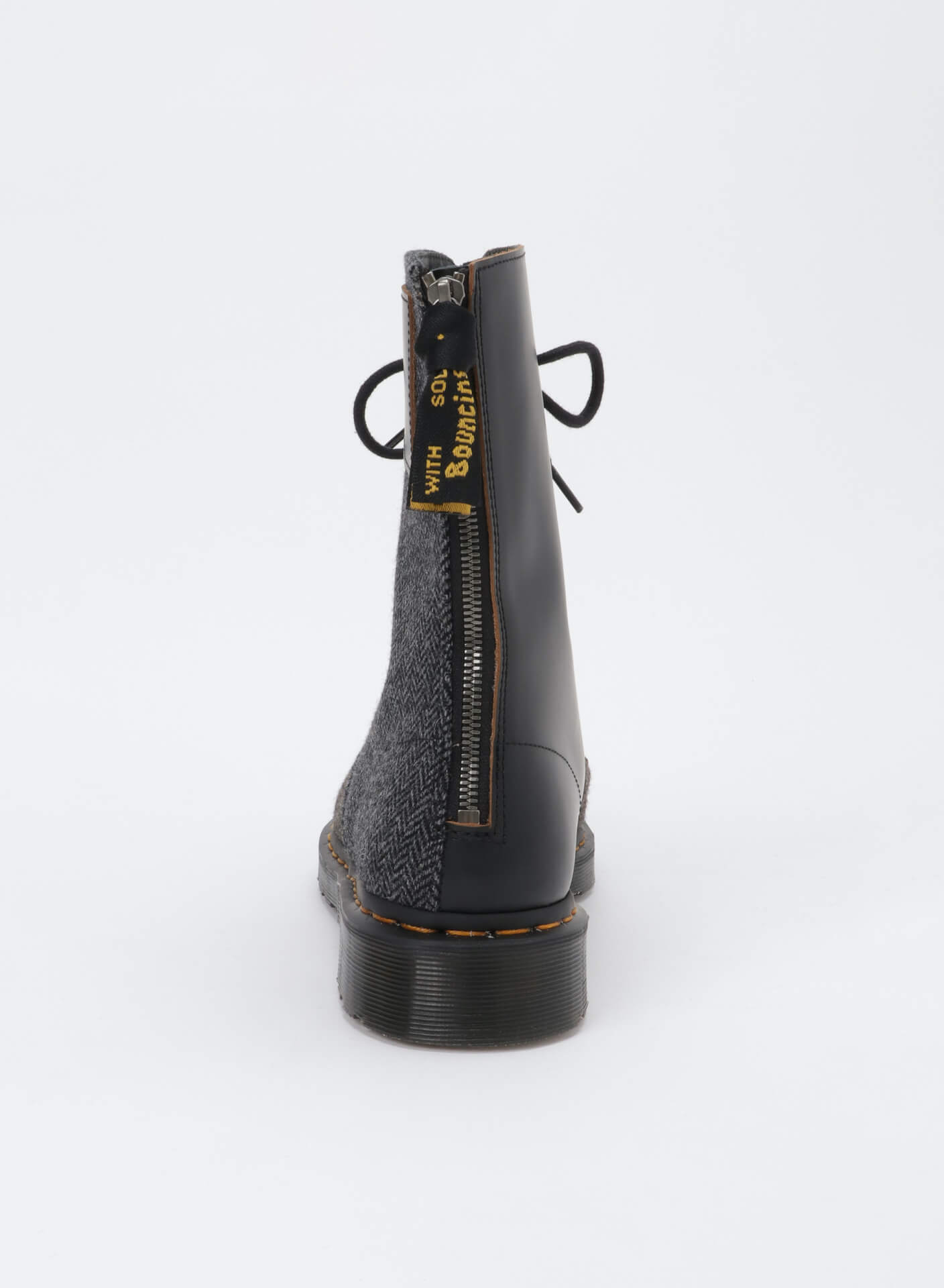 Y'sとドクターマーチンによる最新コレクション「Y's × Dr.Martens 10-EYE BOOT MOON FABRIC」が発売! a802e01bb14a9d51d07b98101ed8223f
