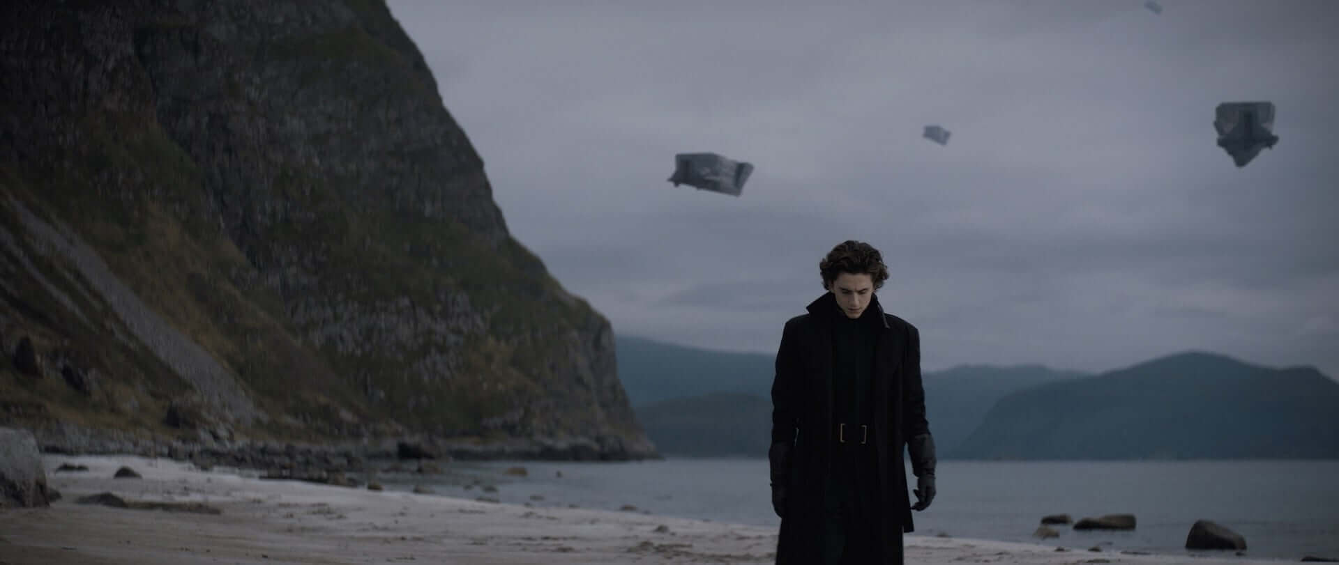 『DUNE/デューン 砂の惑星』の日本公開日がついに決定!ティモシー・シャラメが躍動する日本版特報も解禁 film210707_dune_2