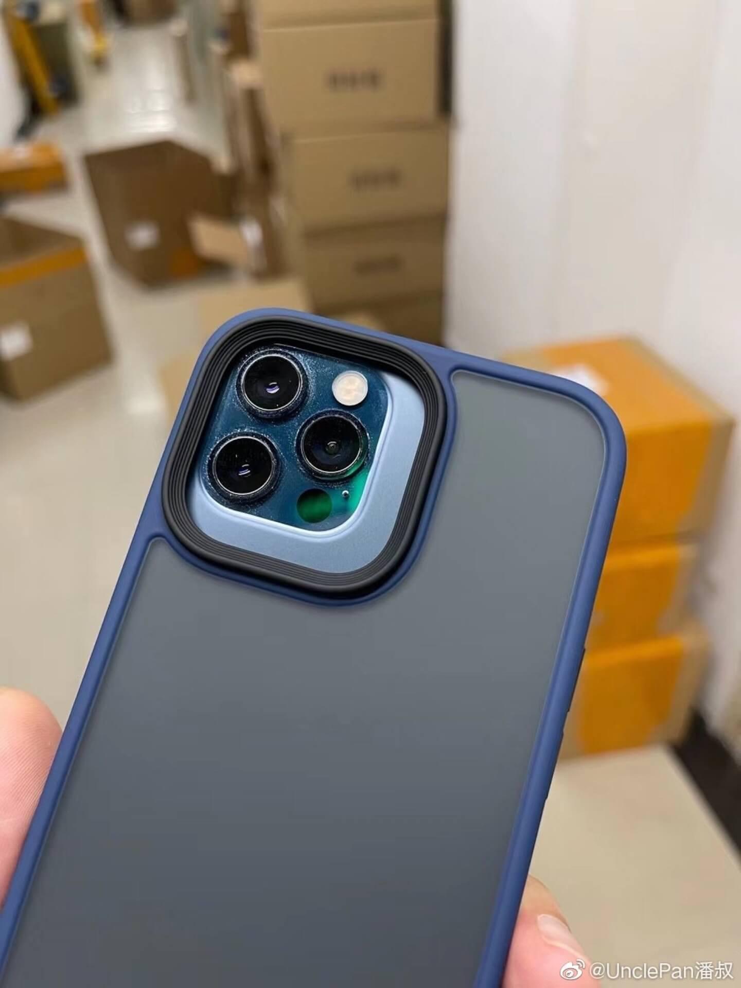 iPhone 13シリーズのカメラレンズエリアはかなり大きくなる!?スマホケースをiPhone 12シリーズに装着した画像が流出か tech210707_iphone13_main