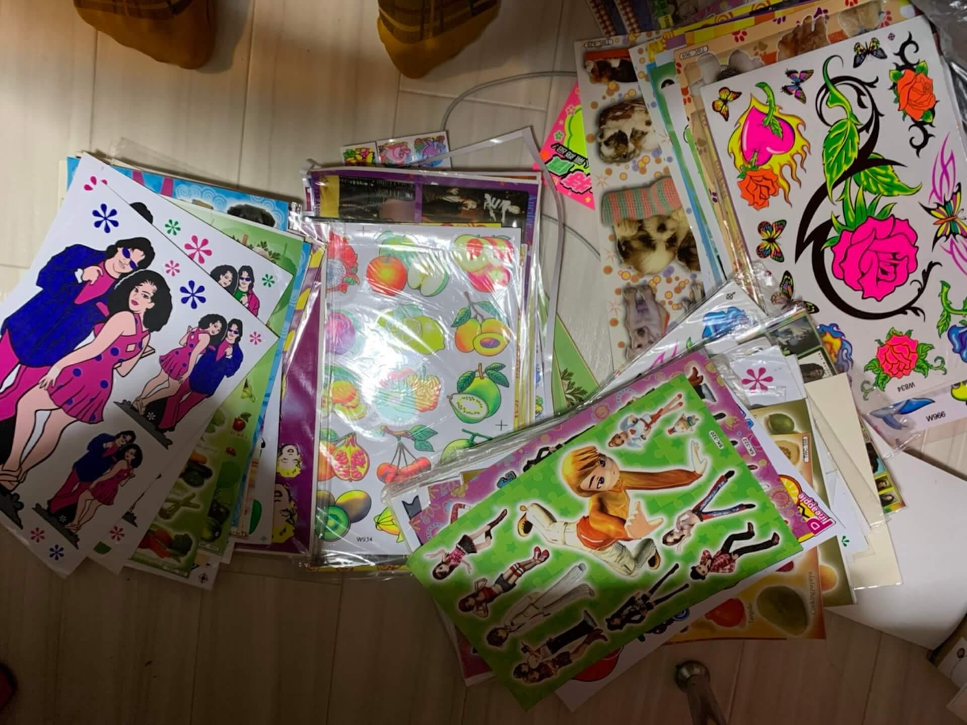 酒井いぶきとatmos pinkのコラボレーションアパレルが発売決定!アイテムデコレーションを楽しむ<ペタペタ会>も開催 Fashion_210712_ibuki-sakai8