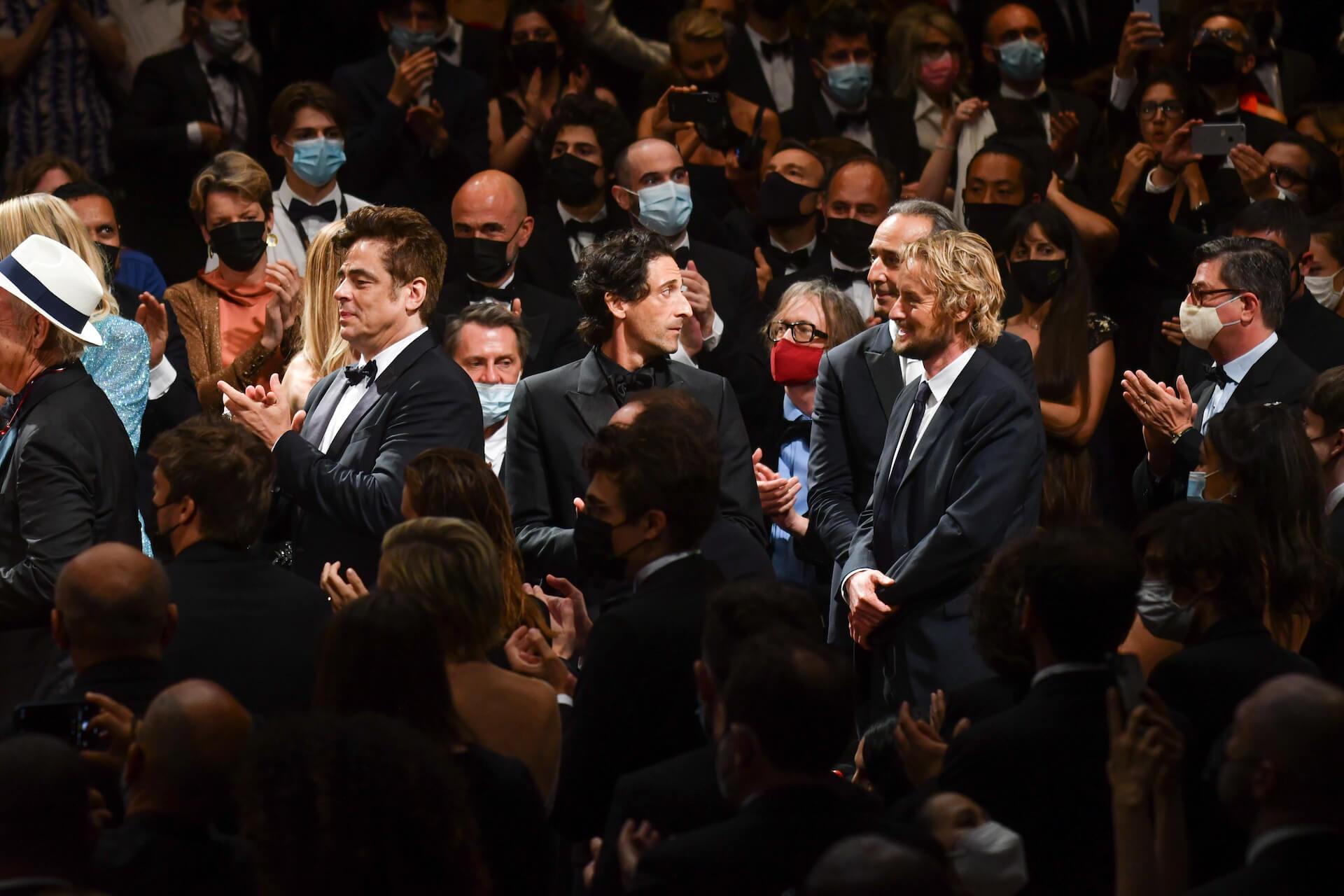 ウェス・アンダーソン監督最新作『フレンチ・ディスパッチ』がカンヌ国際映画祭・コンペティション部門正式出品!ティモシー・シャラメらも集うレッド・カーペットの写真が公開 film210713_thefrenchdispatch_8
