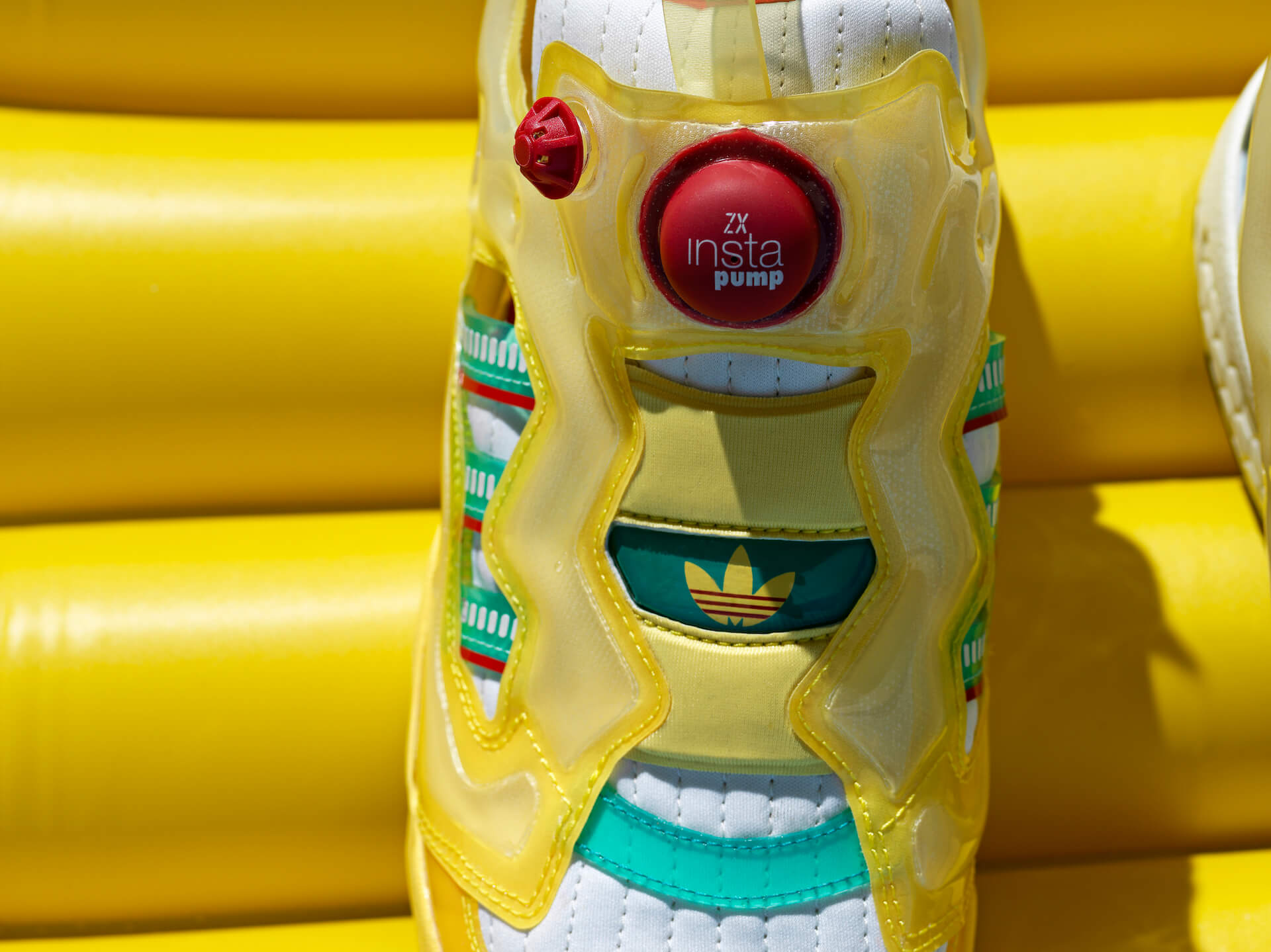 adidas OriginalsとReebokのコラボモデル「ZX FURY」に夏にぴったりの新色4色が登場! life210719_adidasoriginals_reebok_8