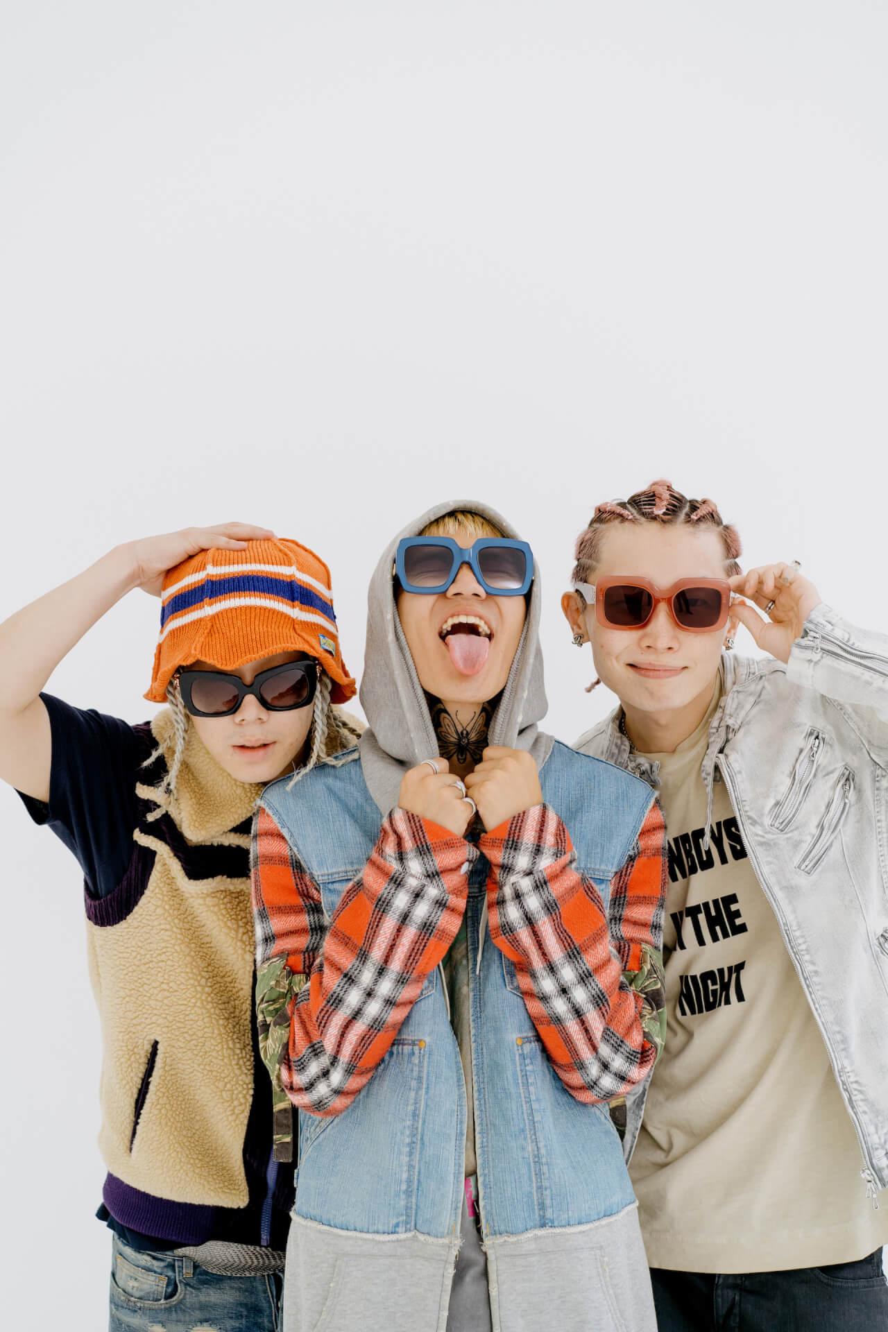 LEX、Only U、Yung sticky womによるコラボアルバム『COSMO WORLD』が本日配信リリース!KMがミキシング&マスタリングを担当 music210721_lex_onlyu_wom_2