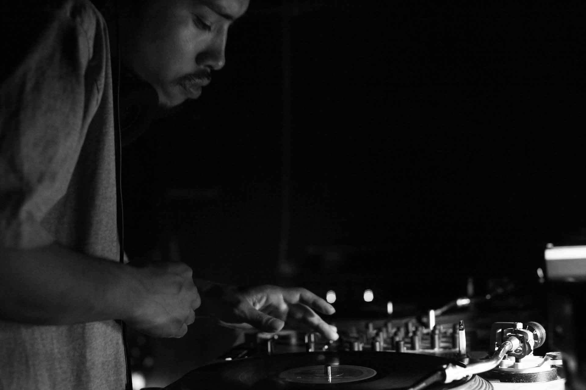 ISSUGI & DJ SHOEのミックスアルバム『Both Banks』がついにリリース!BLACKFILEでのインタビュー映像が公開 music210728_issugi_djshoe_2