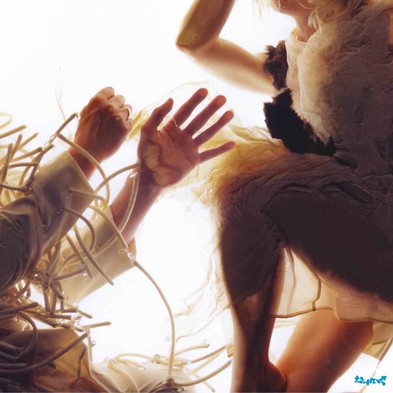 ローラ・マーリングとマイク・リンゼイによるLUMPの2ndアルバム『ANIMAL』が7月30日にリリース music210729-lump-1