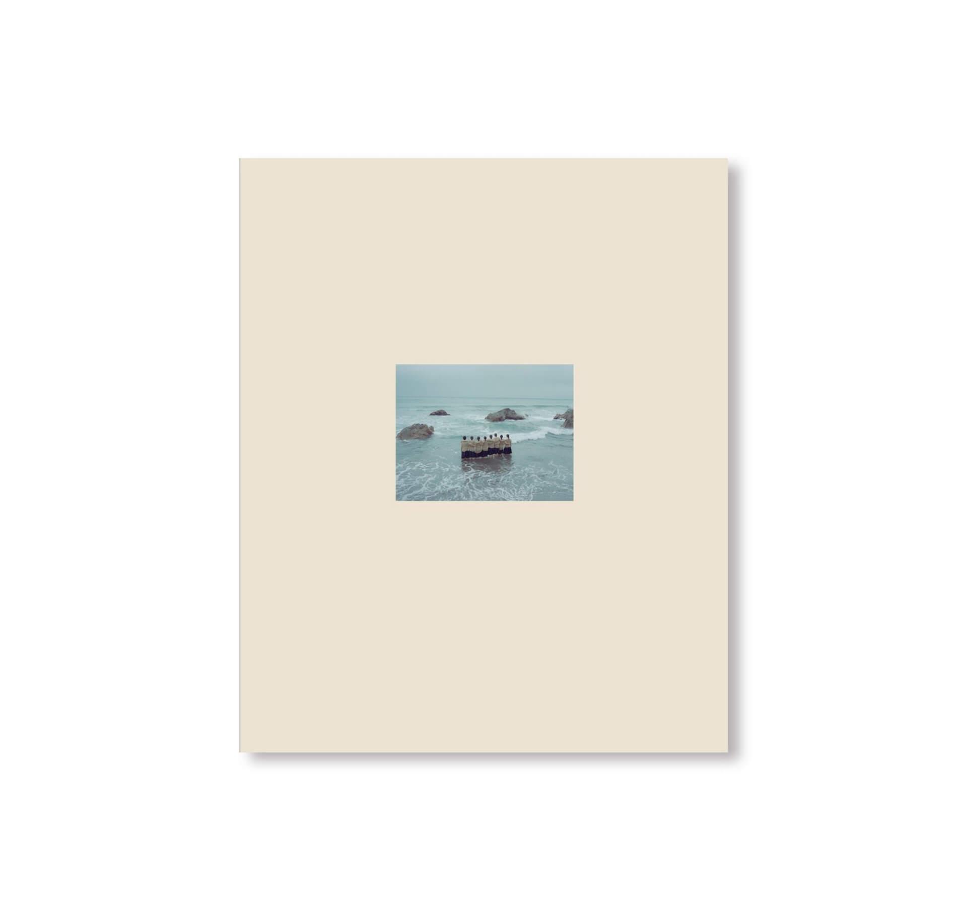 アートブックノススメ|Qetic編集部が選ぶ4冊/横浪修 他 column210730_artbook-010