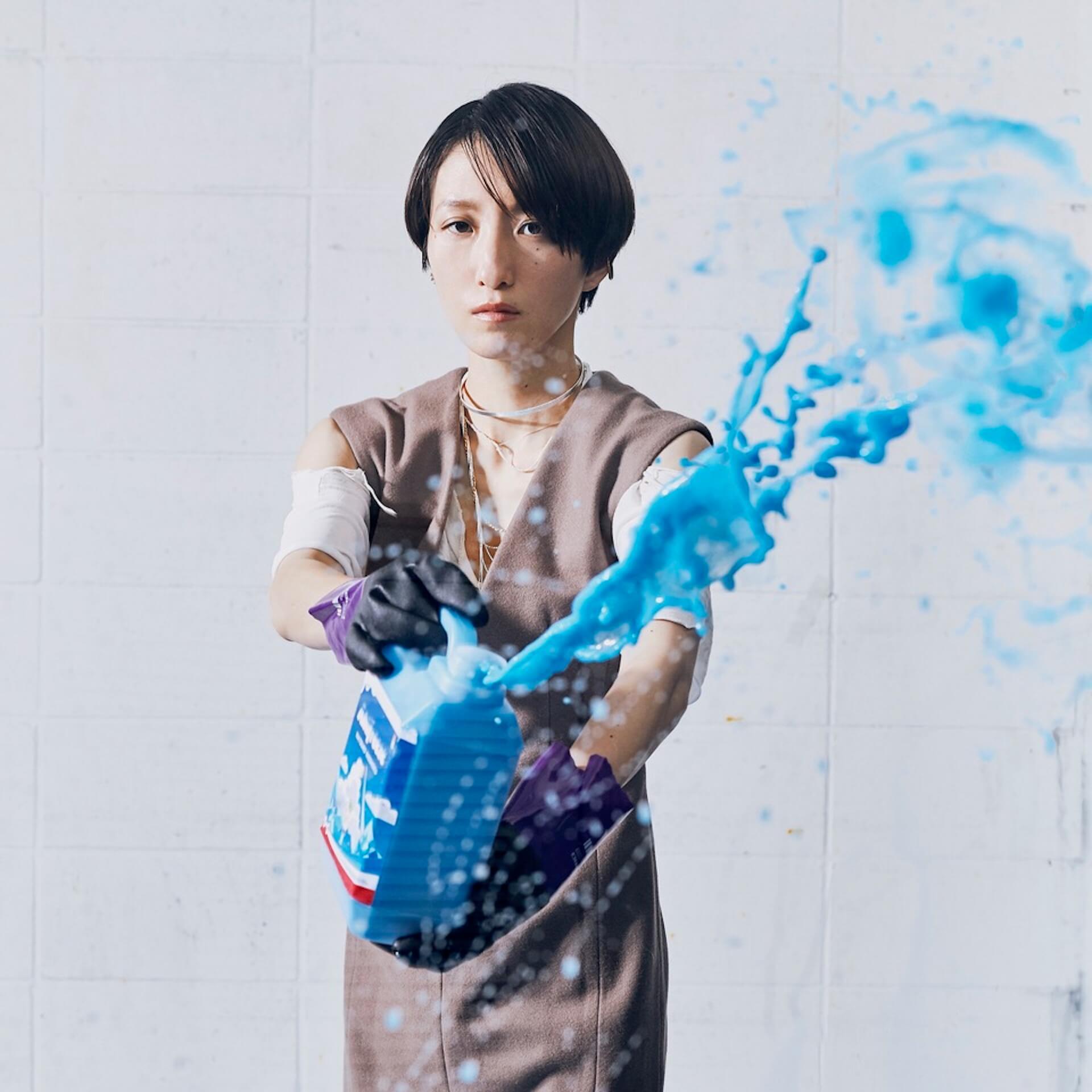 「また馬鹿な僕らで会おうぜ」━━日食なつこが1年4ヶ月ぶりの有観客ライブで魅せた<白亜>という新時代 interview210701_nisshoku-natsuko-nbuna-02