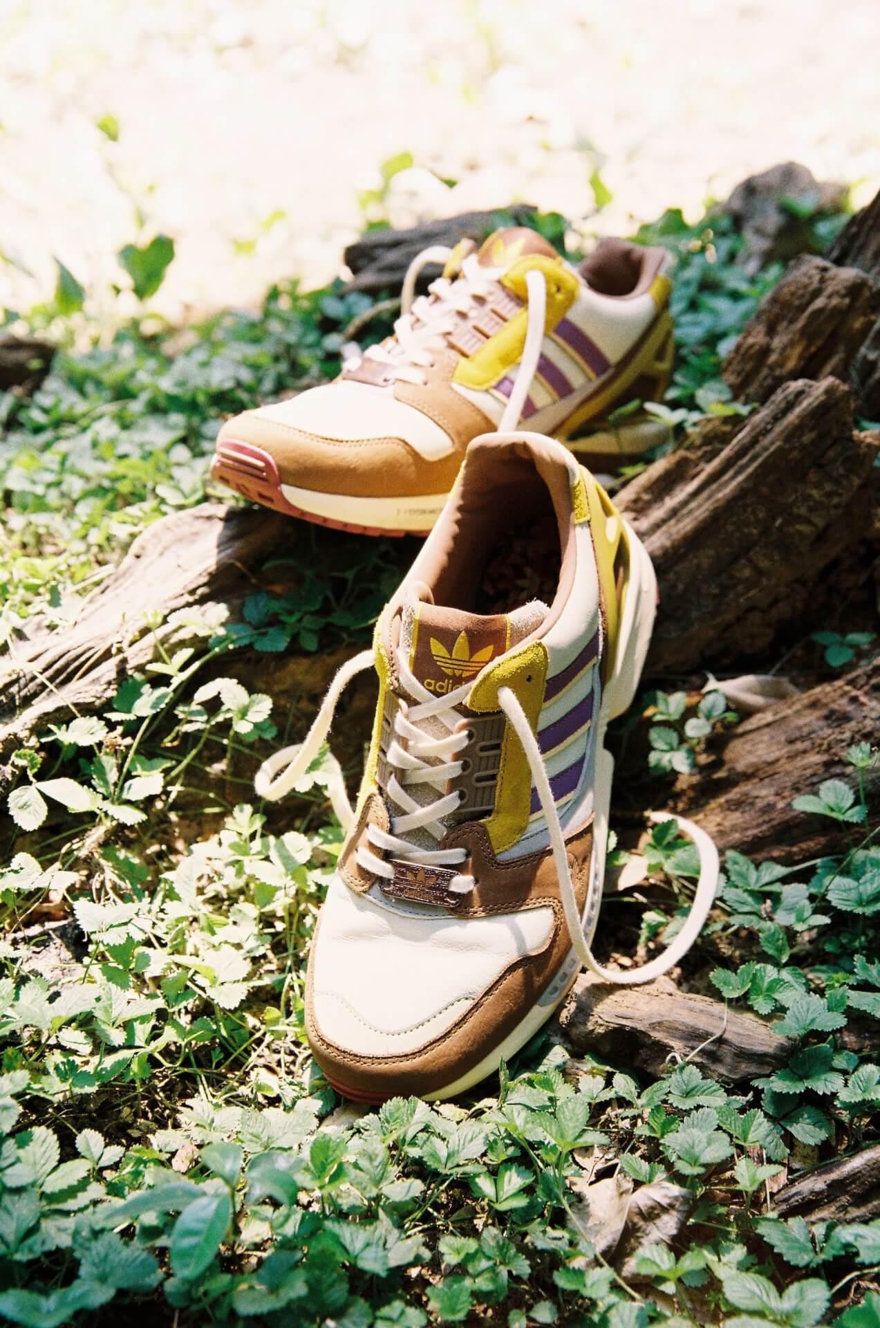"adidas Originalsとatmosのコラボパック「""YOYOGI PARK"" PACK」が登場!代々木公園をモチーフにしたZX 8000、FORUMの2足が発売 life210802_adidasoriginals_yoyogipark_7"