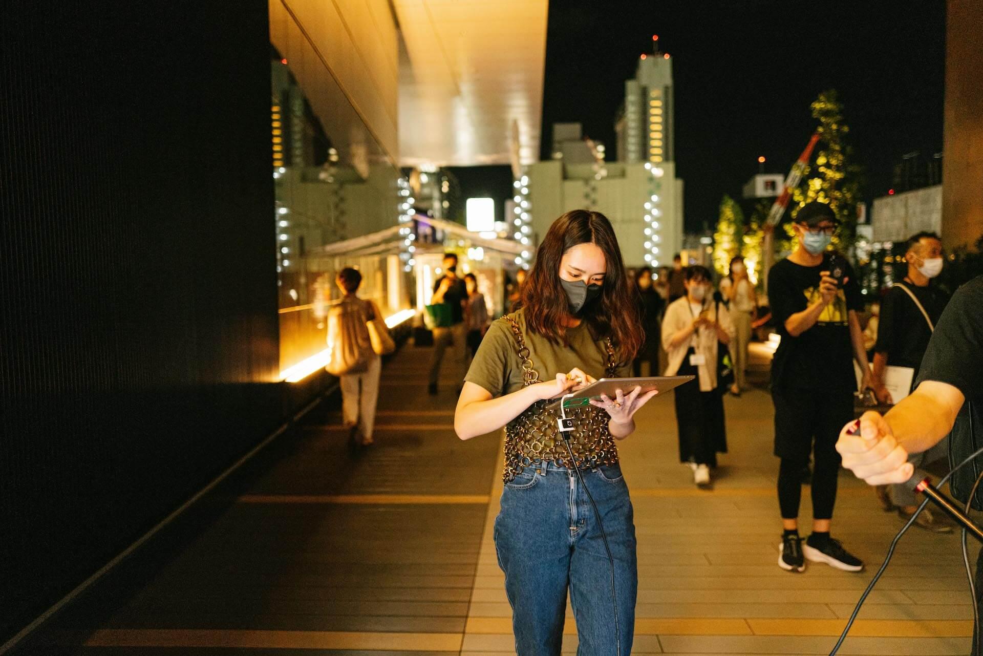Keeenue × MAPP_ × ヒカリエデッキ|渋谷の夕景を彩るライブパフォーマンス column210802_mapp_your_world-04
