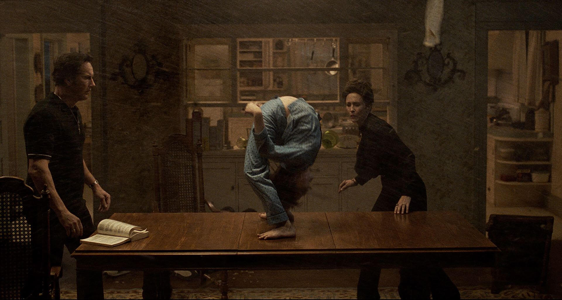 「死霊館」ユニバース全7作 累計世界興収20億ドル超え!最新作『死霊館 悪魔のせいなら、無罪。』は10月公開 film210802-shiryoukan-muzai-2