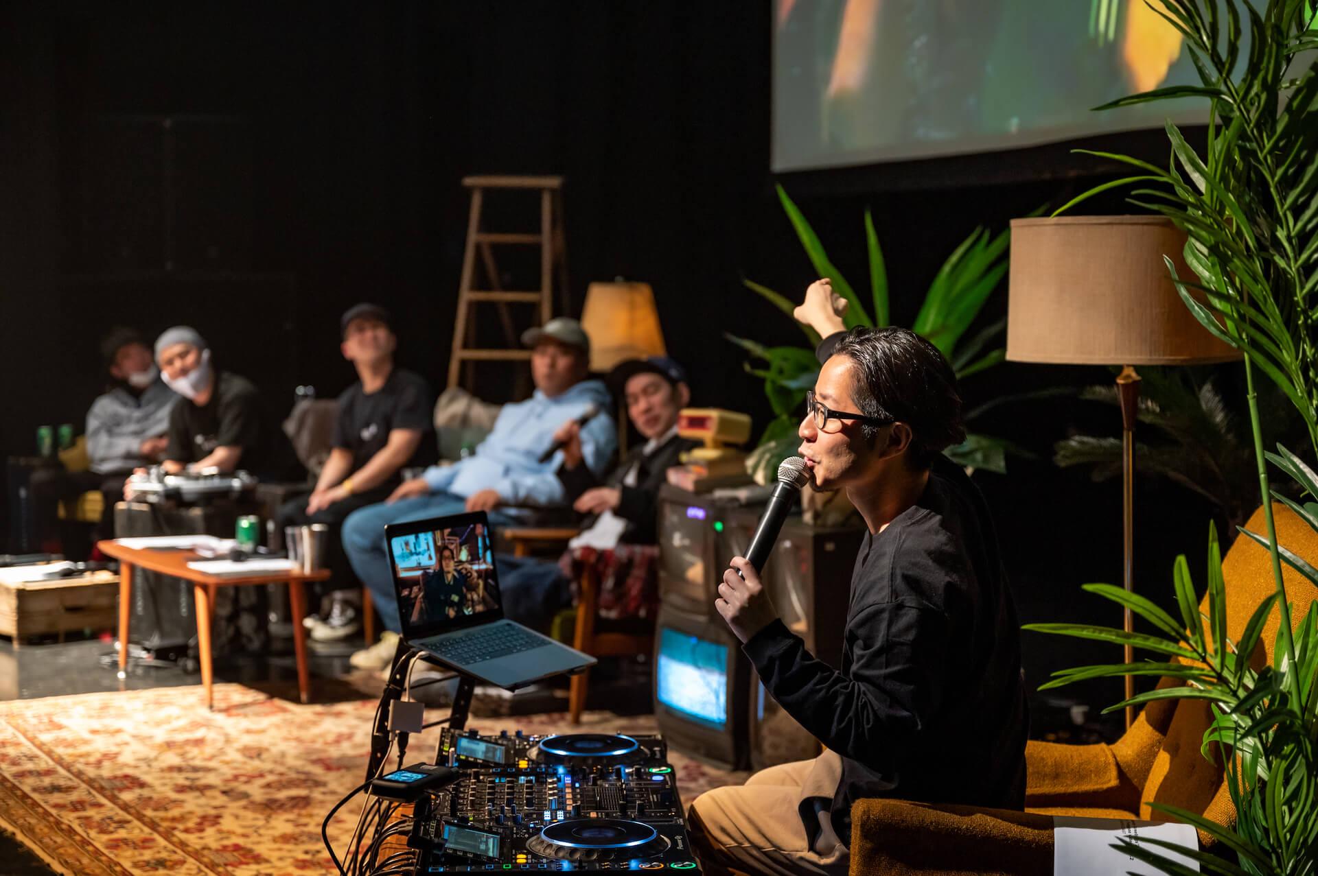 エグいネタバレは「エモい!」じゃすまされない、えもいわれぬ体験|PUNPEEが再定義したトークイベントの価値 music210709_punpee-tongpoo-03
