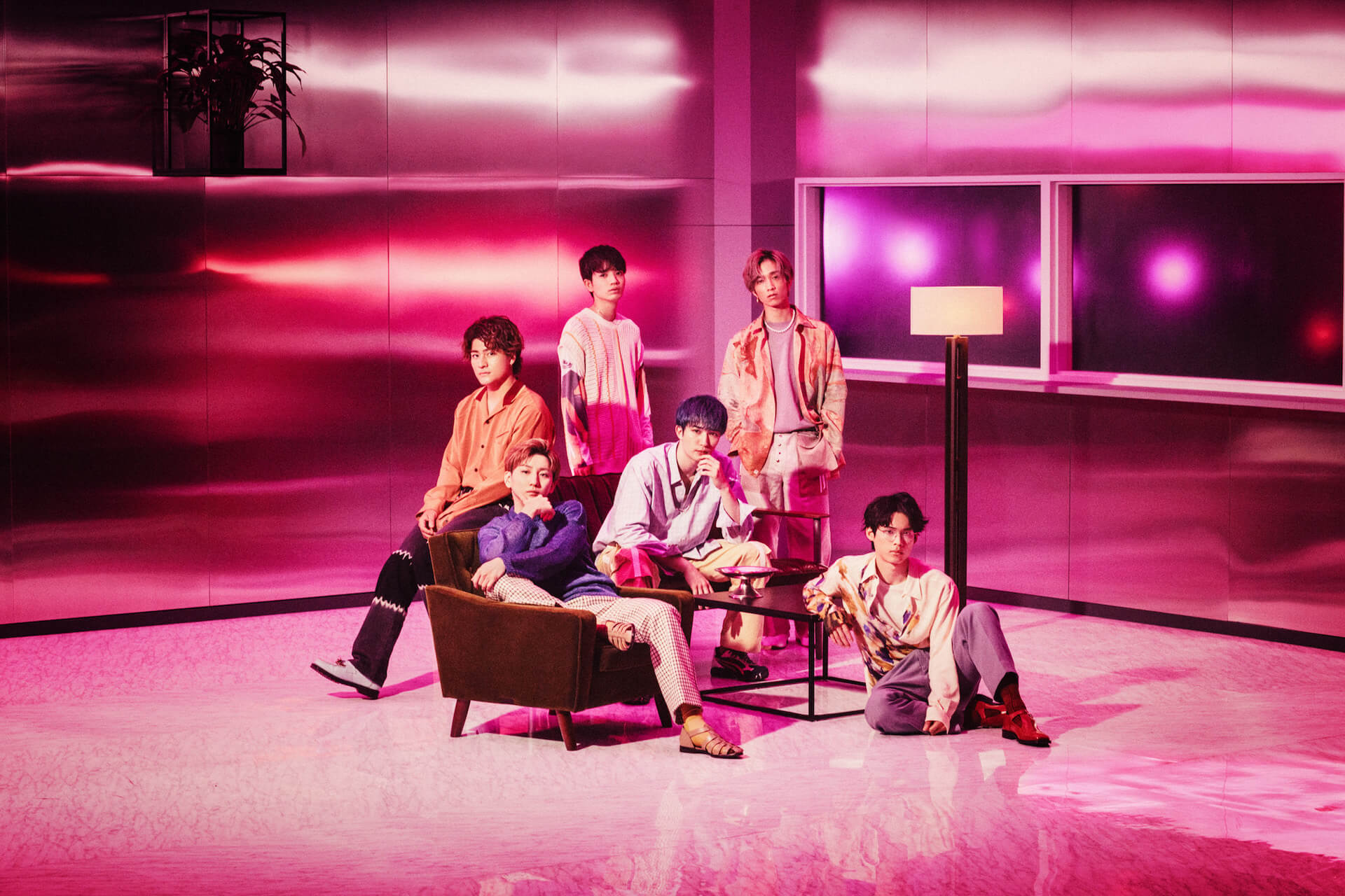 """常田大希による楽曲提供──""""マスカラ""""で、SixTONESが魅せる「アイドルの新しいクリエイティビティ」 column210721_sixtones-daiki-tsuneta-02"""