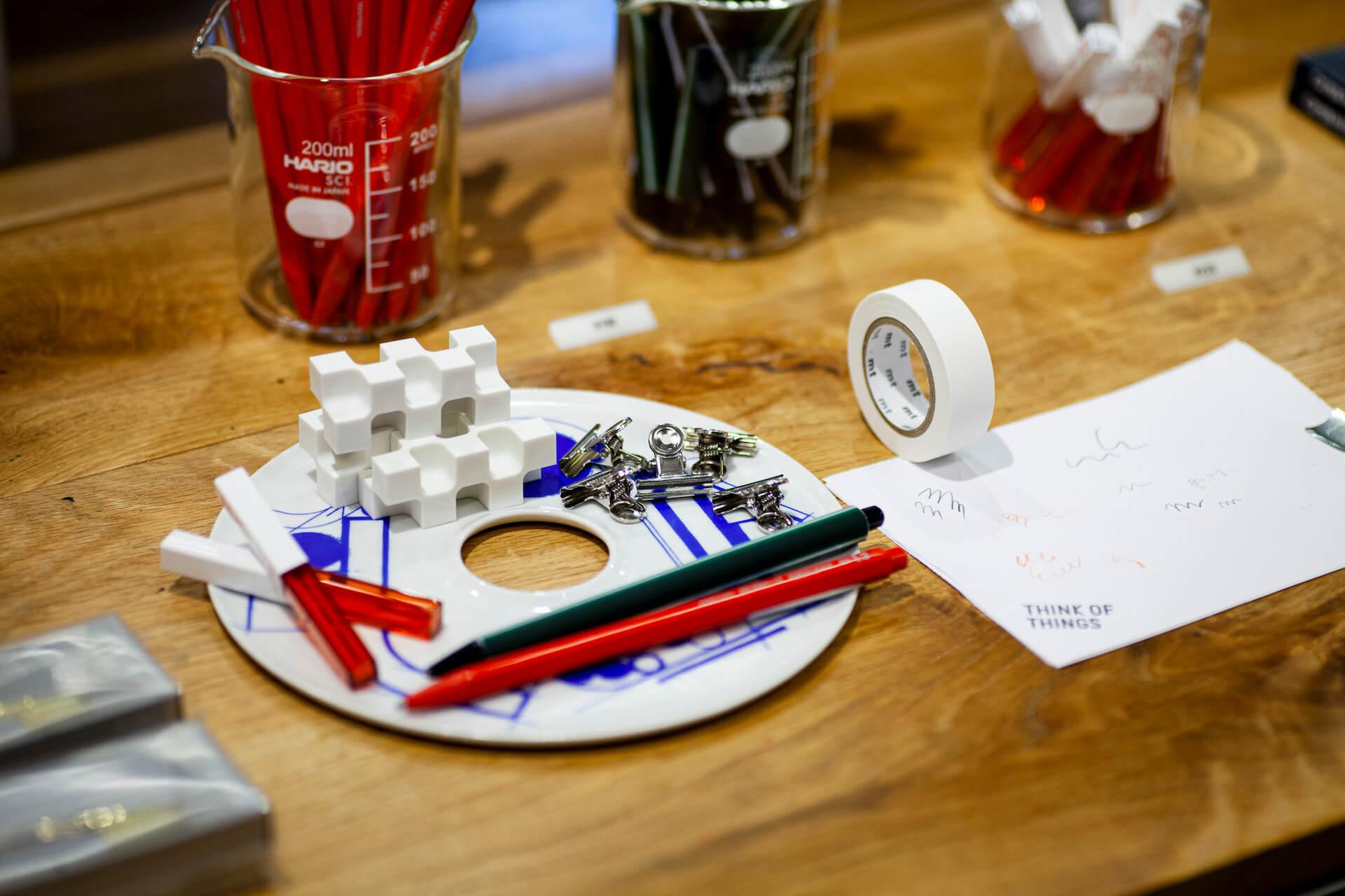 レコード皿プロジェクト『PEOPLEAP』が50種全てのデザインを披露する展示を「THINK OF THINGS」にて開催! art210909_ppl_5