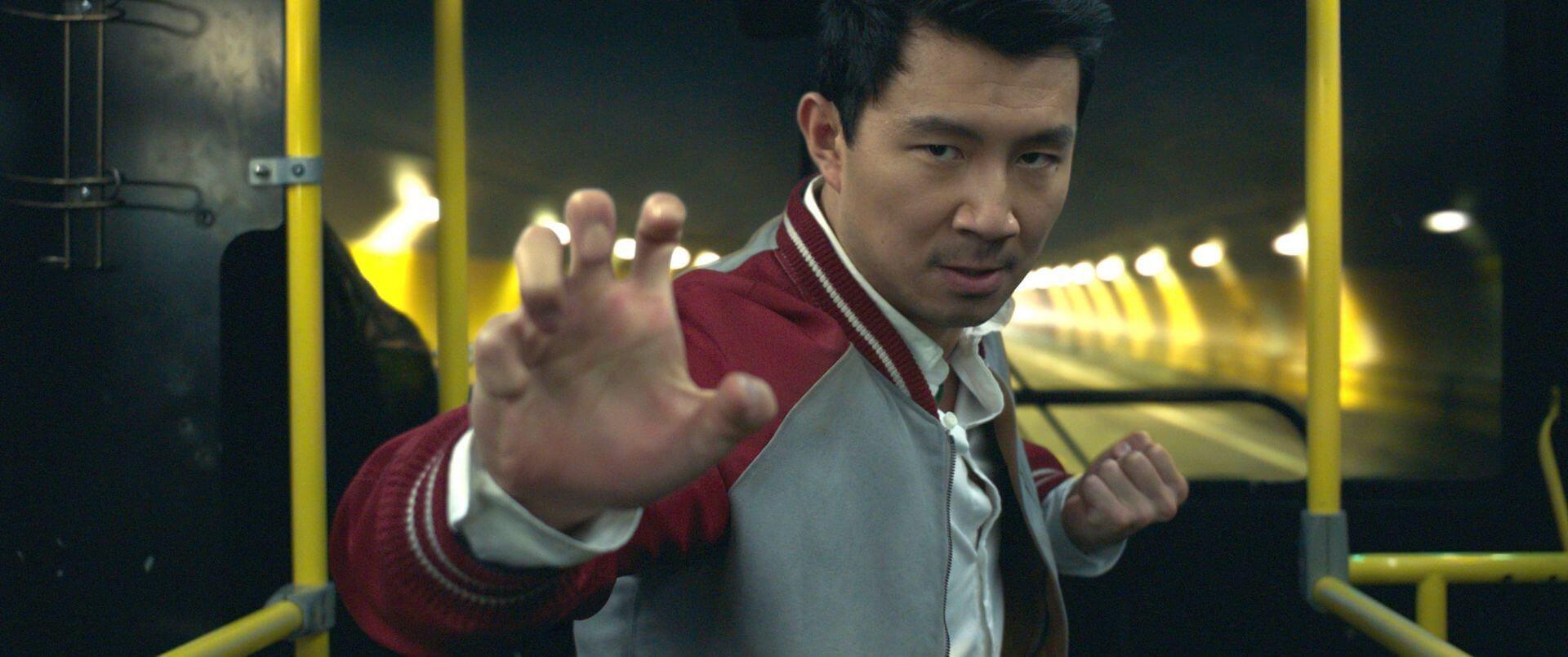 マーベル・スタジオの新ヒーローに世界中が大注目!『シャン・チー/テン・リングスの伝説』が2週連続全世界興収No.1を記録 film210913_shang_chi_1