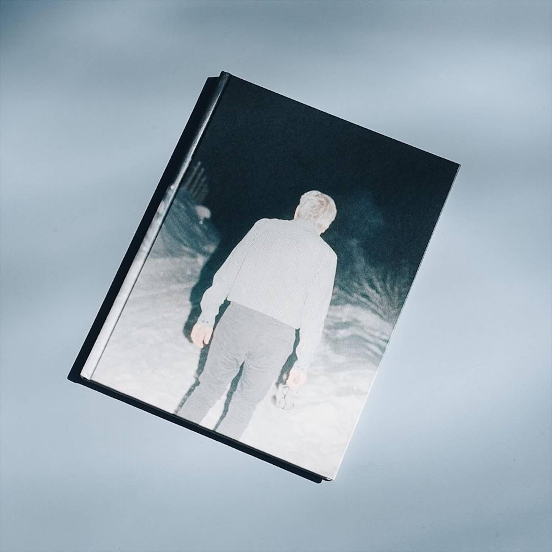 アートブックノススメ|Qetic編集部が選ぶ5冊/Roni Ahn 他 column210916_artbook-05