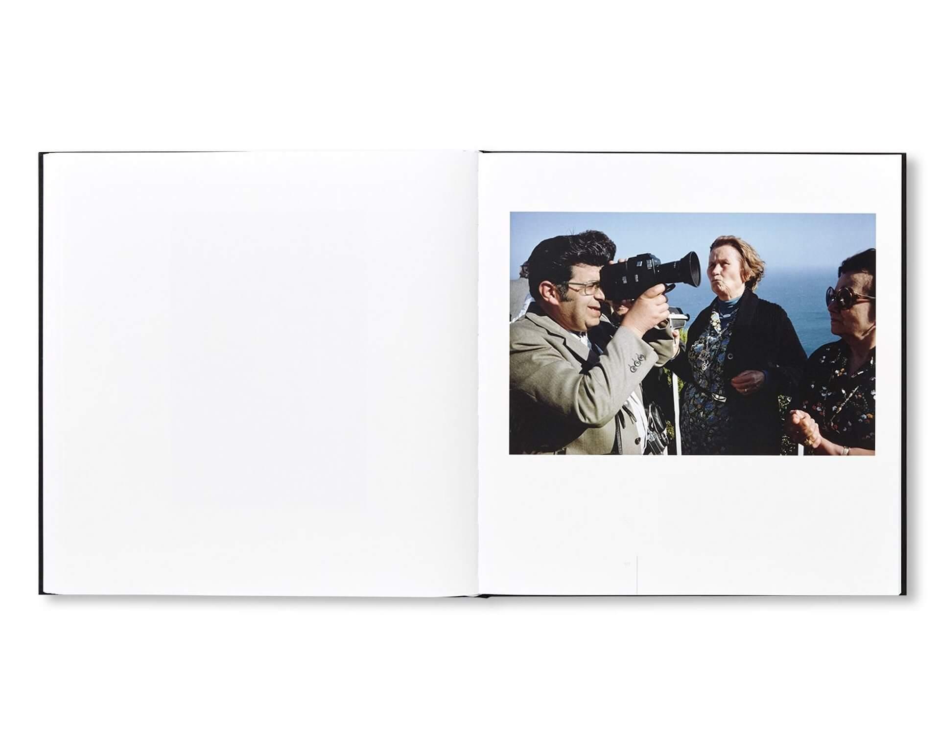 アートブックノススメ|Qetic編集部が選ぶ5冊/Roni Ahn 他 column210916_artbook-018