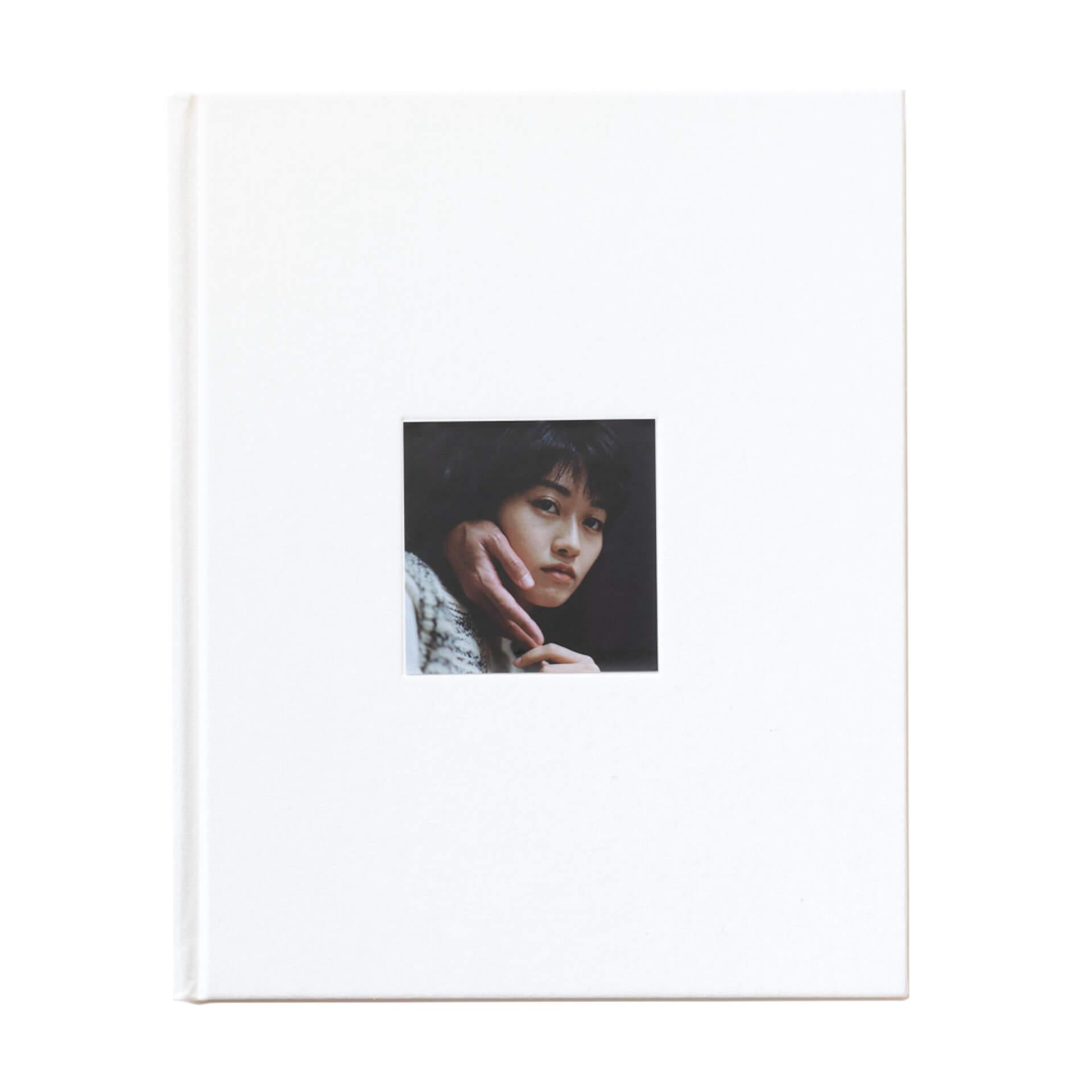 アートブックノススメ|Qetic編集部が選ぶ5冊/Roni Ahn 他 column210916_artbook-020