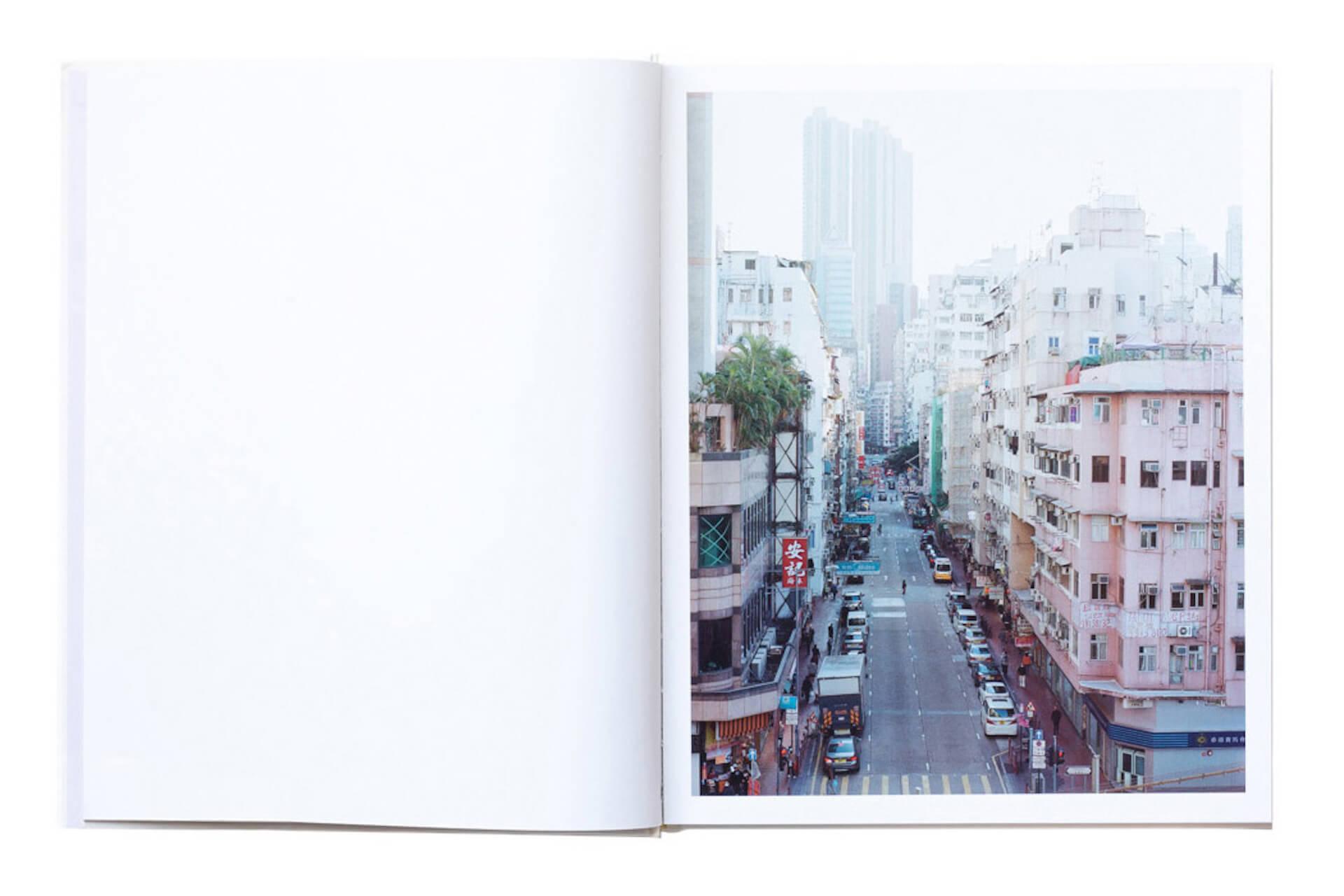 アートブックノススメ|Qetic編集部が選ぶ5冊/Roni Ahn 他 column210916_artbook-021