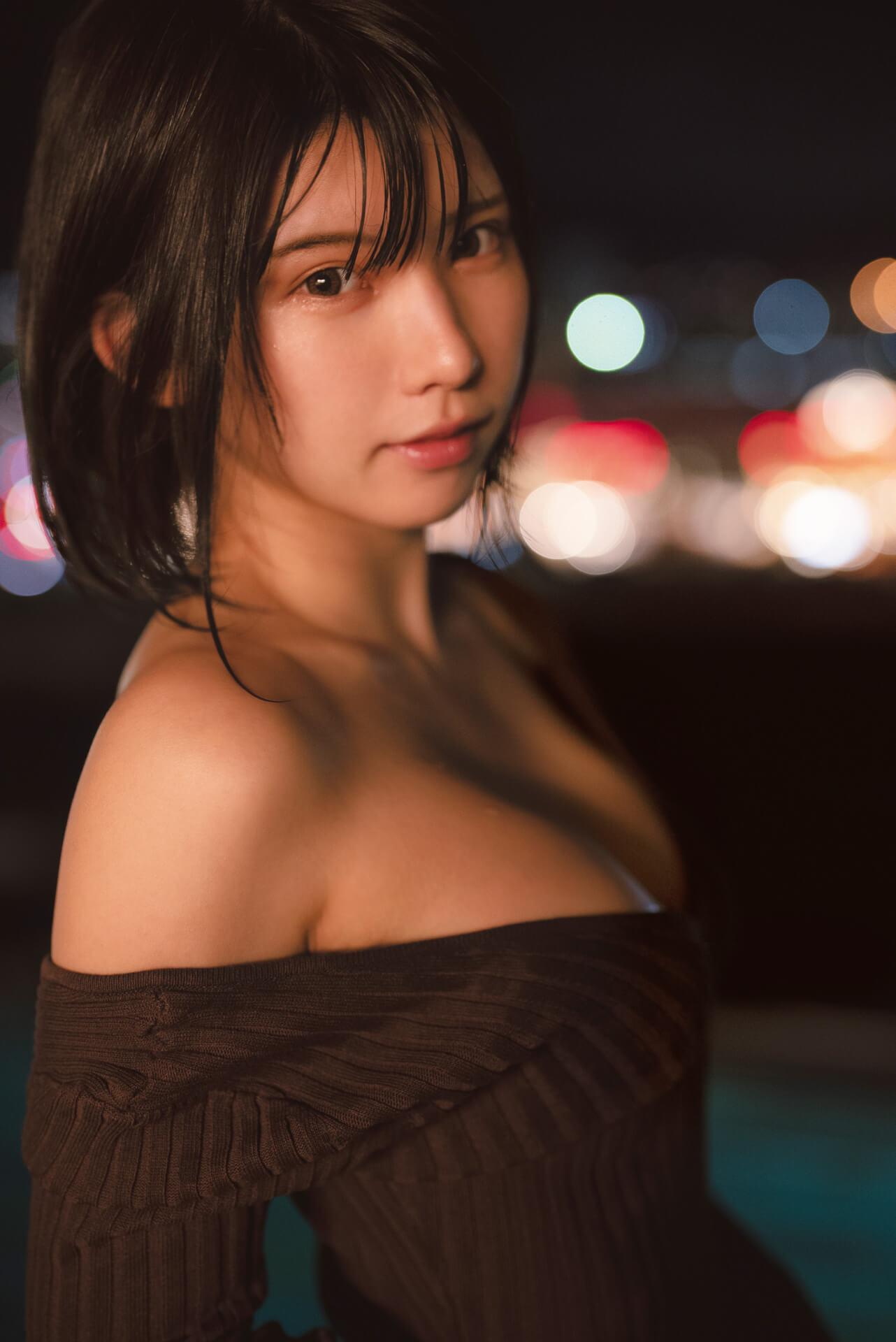 えなこのセクシーアザーカットが特典に!コスプレなしの写真集『OFF COSTUME』のポストカードが解禁 art210917_enako_3