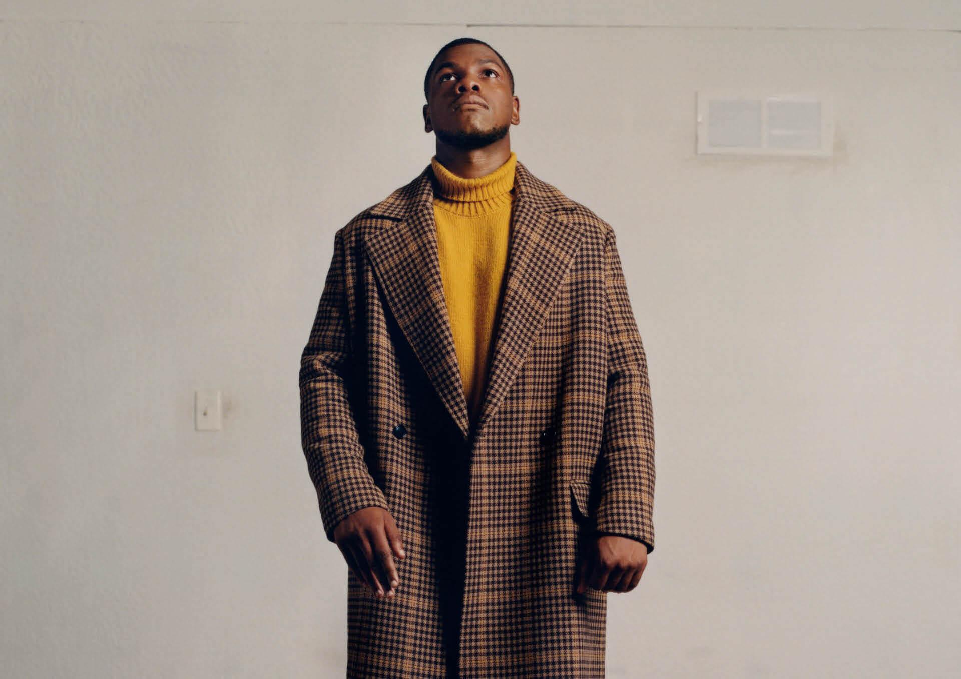 H&Mが俳優のジョン・ボイエガとタッグを組んだメンズウェアコレクションを発表!リサイクル素材、オーガニック素材を使用したアイテムが登場 life211006_handm_john_boyega_01