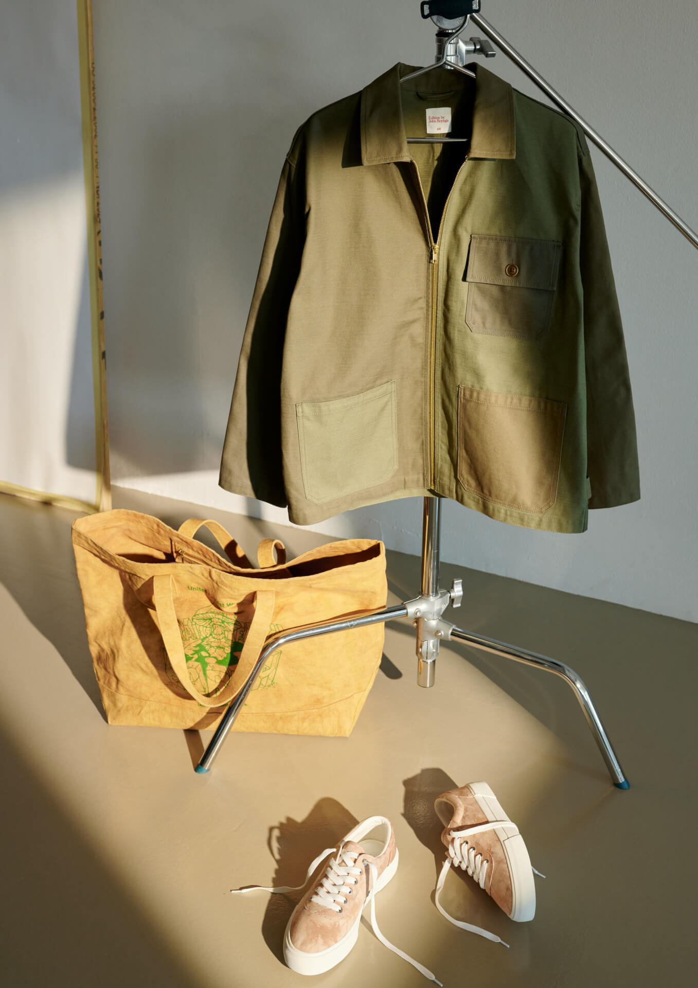 H&Mが俳優のジョン・ボイエガとタッグを組んだメンズウェアコレクションを発表!リサイクル素材、オーガニック素材を使用したアイテムが登場 life211006_handm_john_boyega_06