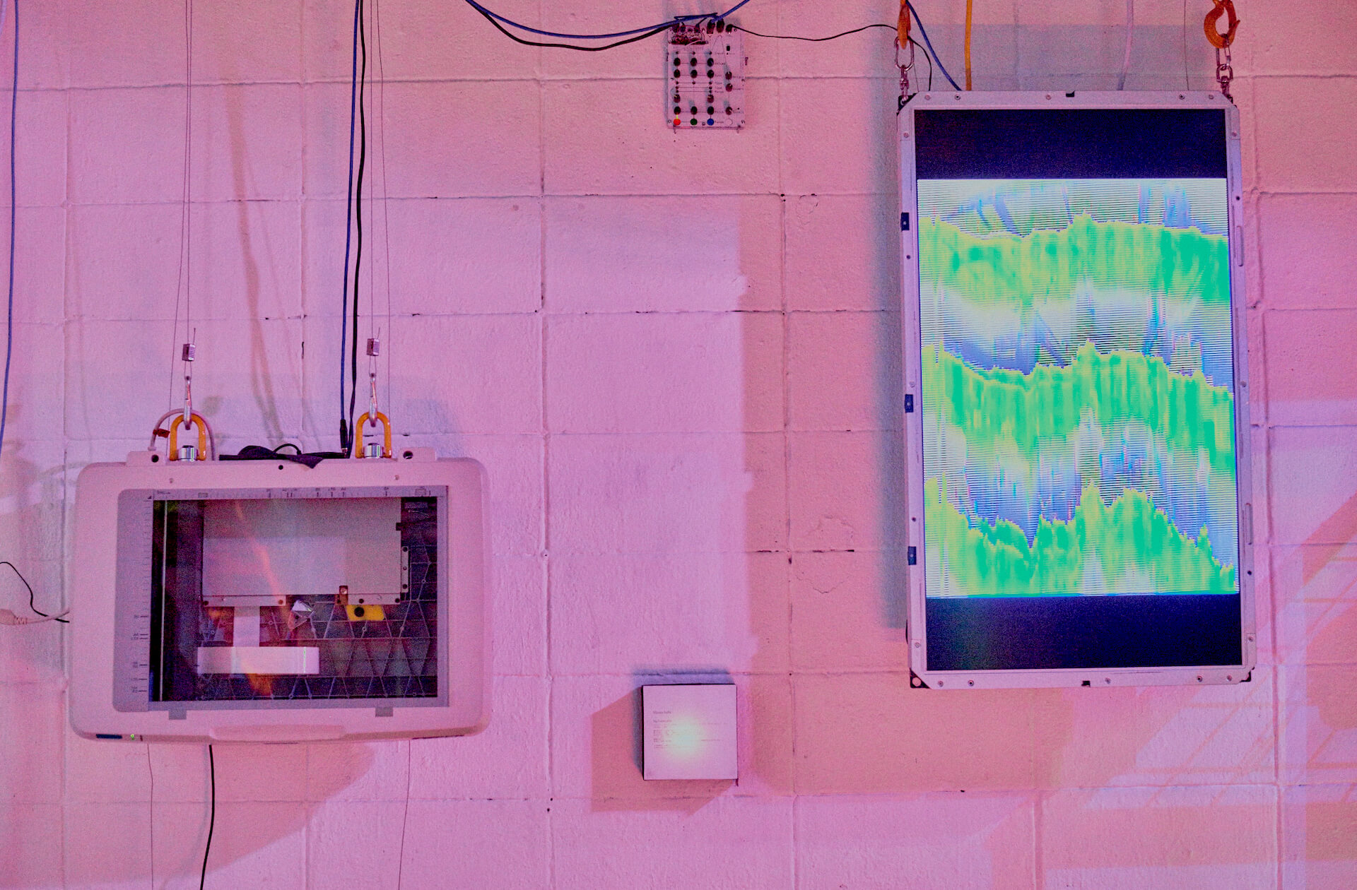 画家・平山達也と映像クリエイター 稲葉昌也による初の展覧会<UTAGE>の開催が決定! art211006_utage_01