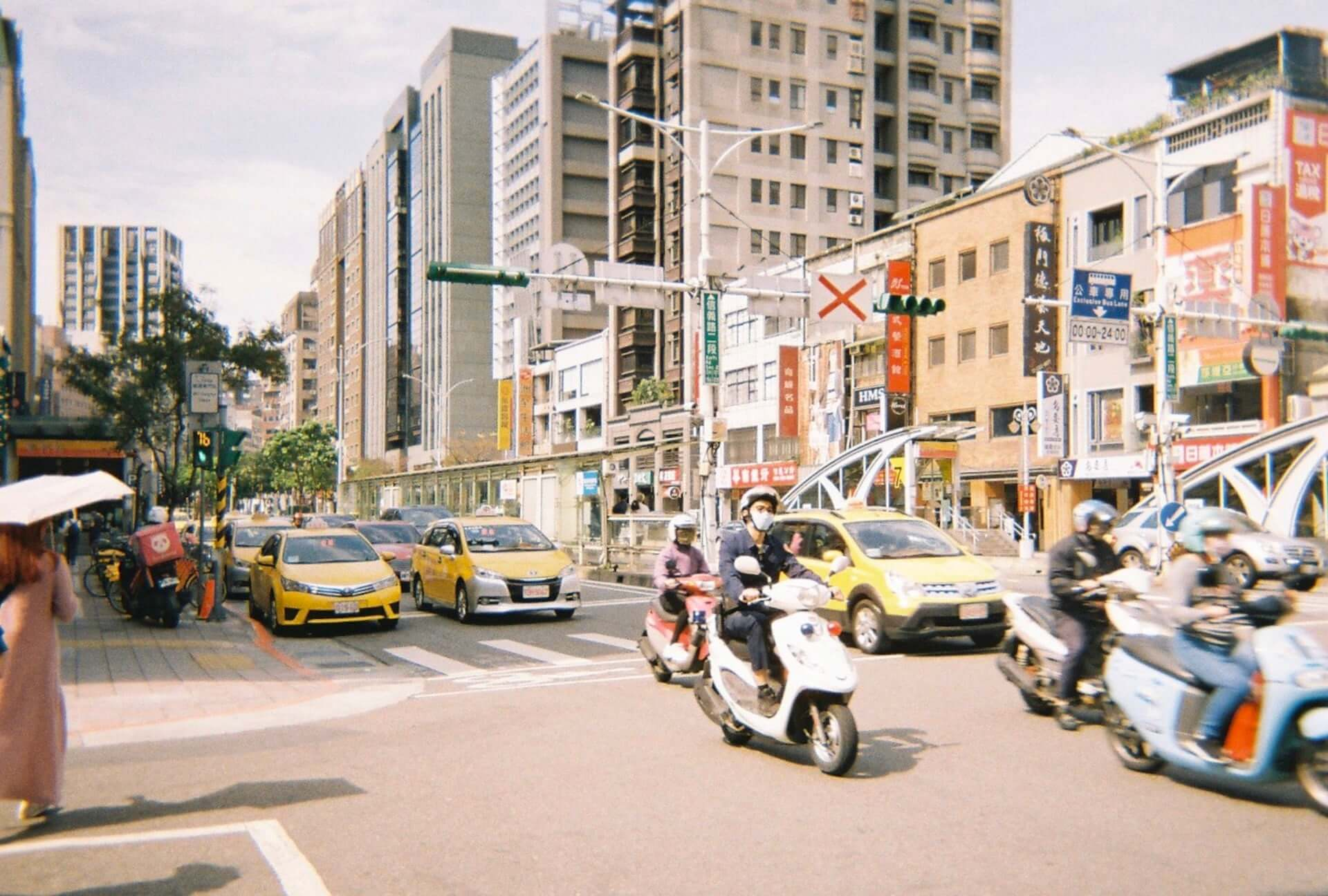 珠 鈴×松㟢翔平 台湾でどこ行く なに食べる?好好台湾対談 interview_shuri_matsuaki_10-1920x1296