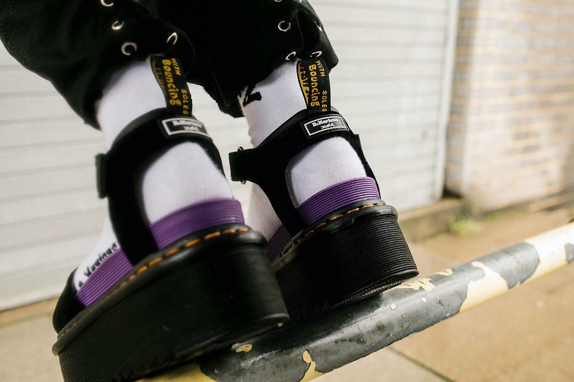 Dr.MartensとX-girlが2度目のコラボコレクションを発表!定番厚底ブーツ&厚底サンダルをベースにした2モデル fation210607_DR.MARTENS-x-X-GIRL-8