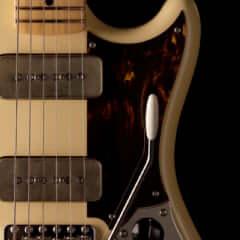 King Gnu × Fender