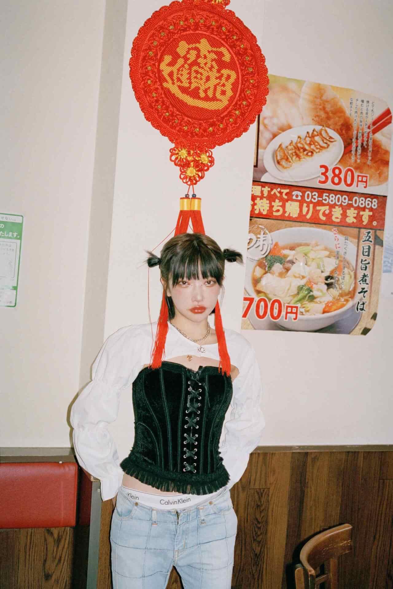 かてぃのファッションドキュメンタリーブック『ファッションカルト』の誌面カットが到着! lifefashion_katy_6