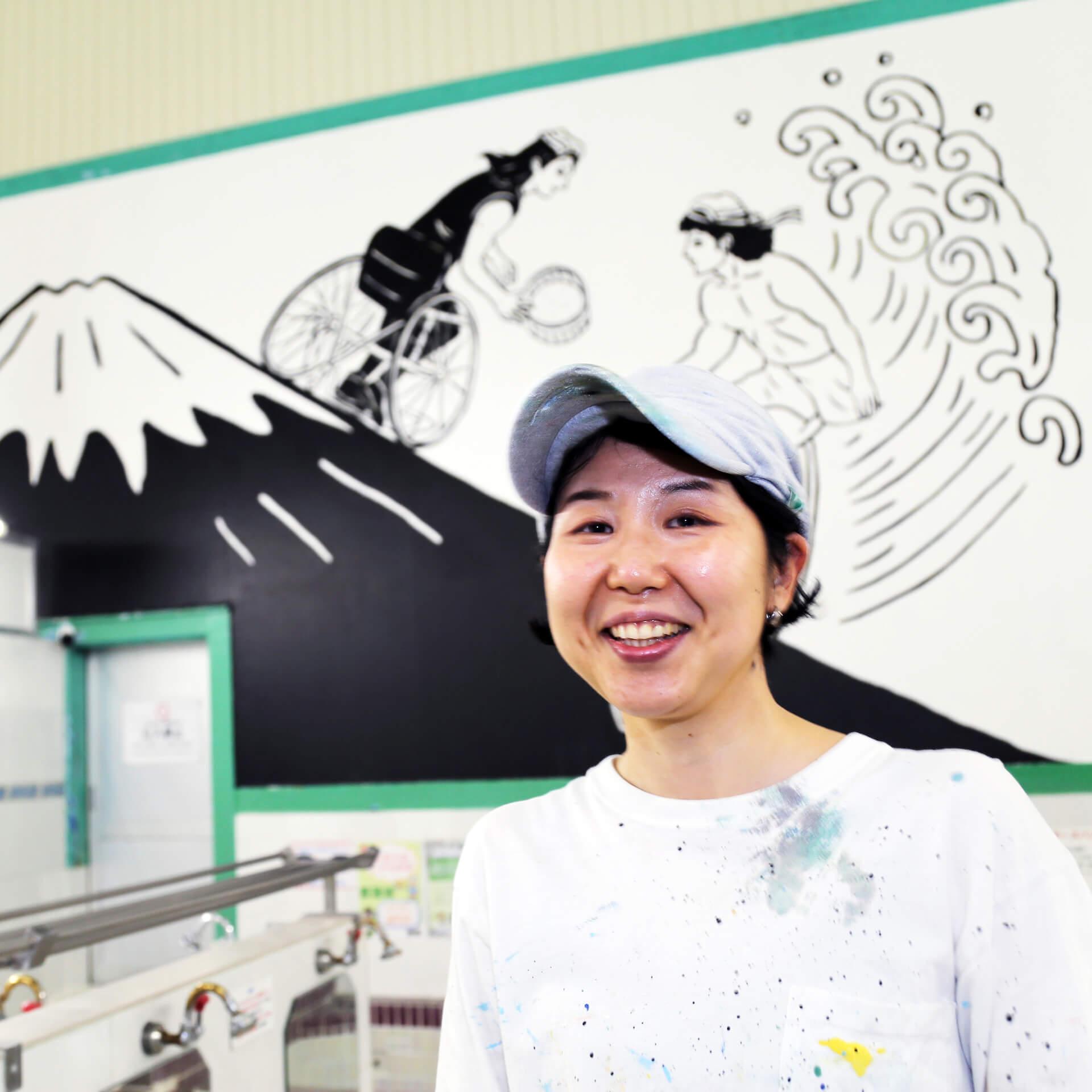 ヤマザキマリ描き下ろしの暖簾と銭湯絵が東上野の人気銭湯「寿湯」をジャック!<銭湯のススメ。2021>開催 art210423_sentounosusume-210423_9