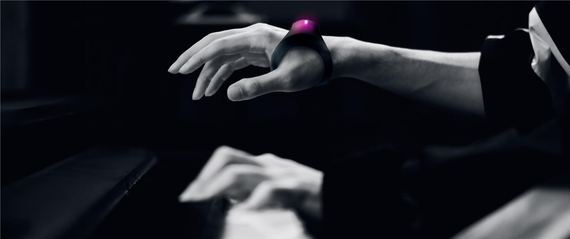 Sonyより体の動きで音を変化させるエフェクター「MOTION SONIC」が登場!Indiegogoにてクラウドファンディングの募集開始 music210531_sony-motion-sonic-210531_6